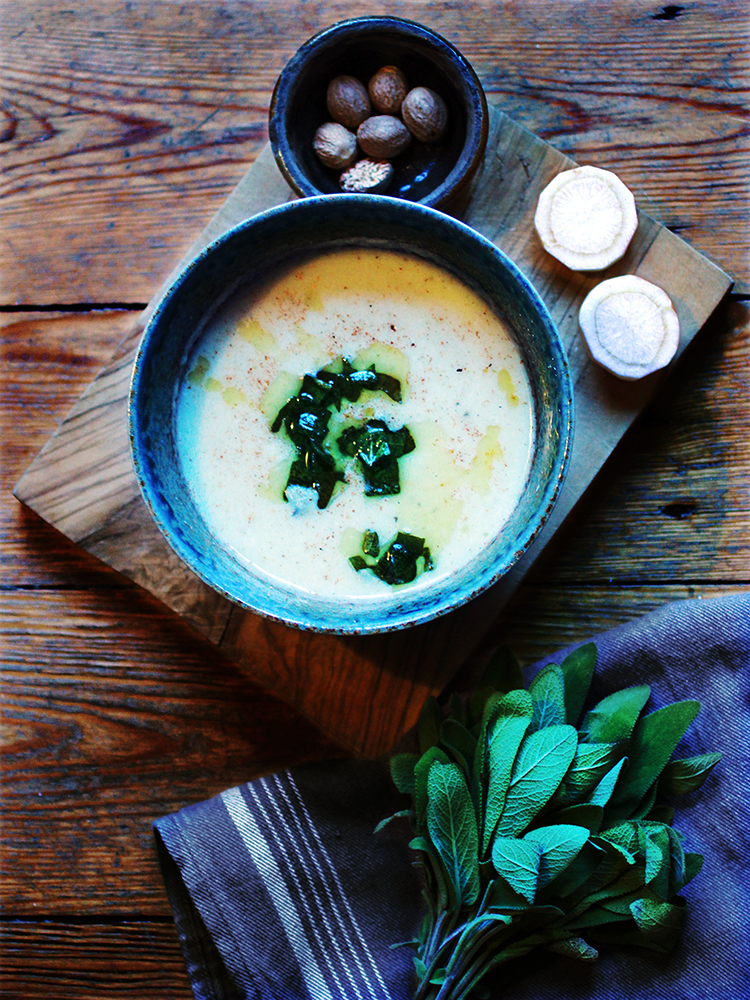 Parsley root soup with coconut milk and crispy sage - GF, V