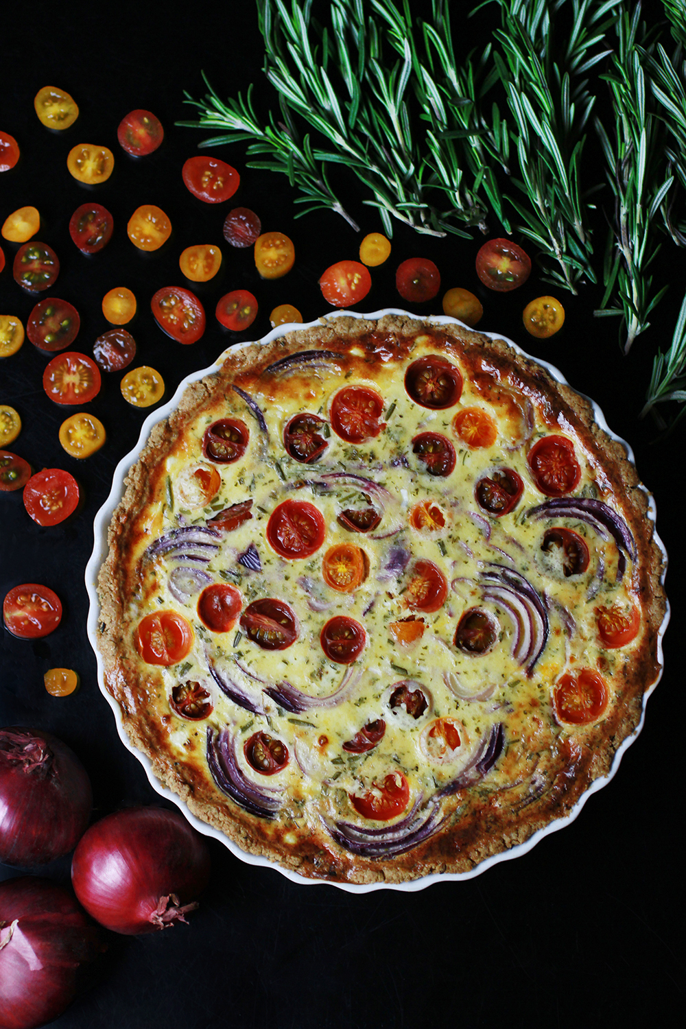 TOMATO, RED ONION AND PECORINO QUICHE - GF