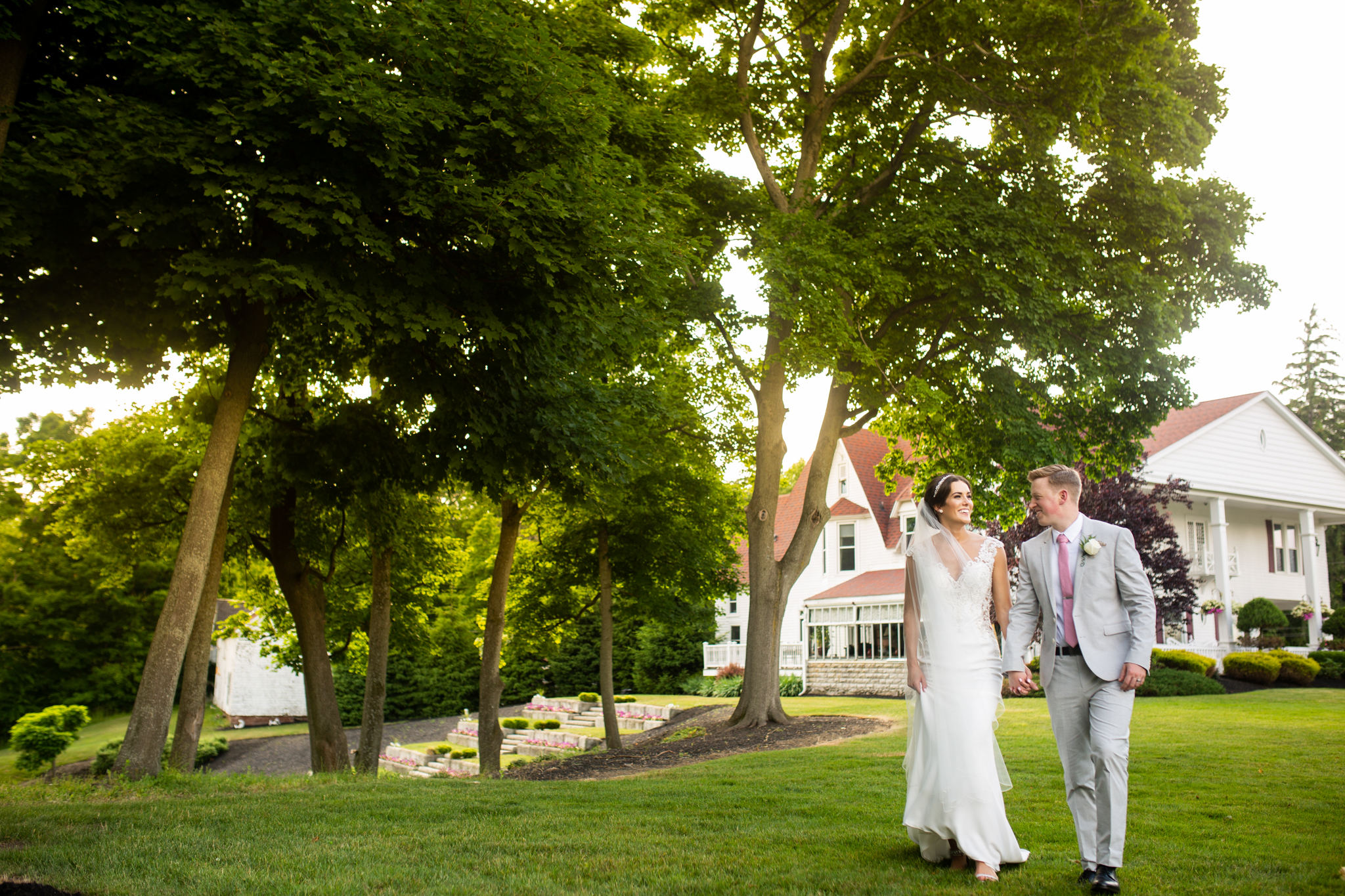 Avanti Mansion Wedding Buffalo-0052.jpg