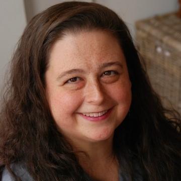 Marian Wiggins, Head of Finance   meg at dcgreens dot org