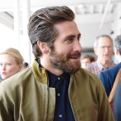 Jake Gyllenhaal Gives DC Kudos, Bisnow