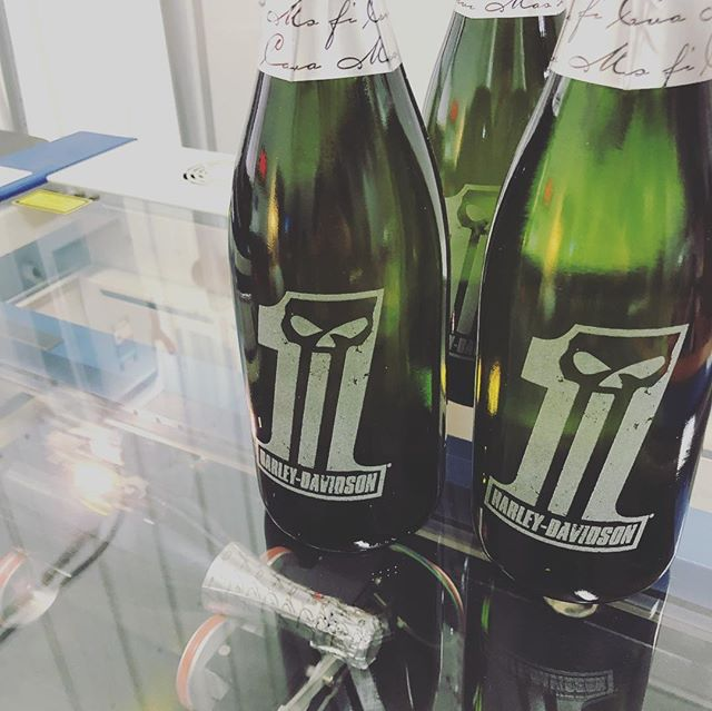 After spending some time reflecting and planning for the year ahead we're kicking off 2019 with a bang! We can't wait to show you more of our work and the process that goes into creating Modest Made goods. Here's a sweet project we worked on for Harley Davidson 🏍  Custom laser engraved champagne bottles with the now infamous #1 logo.  We hope you're all enjoying the new year. Here's to a happy and healthy one, cheers!  #modestlaser #modestmade #laserengraved #madeinminnesota #stpaul #mnmade #harleydavidson #motorcycle #champagne #cheers #2019 #custom