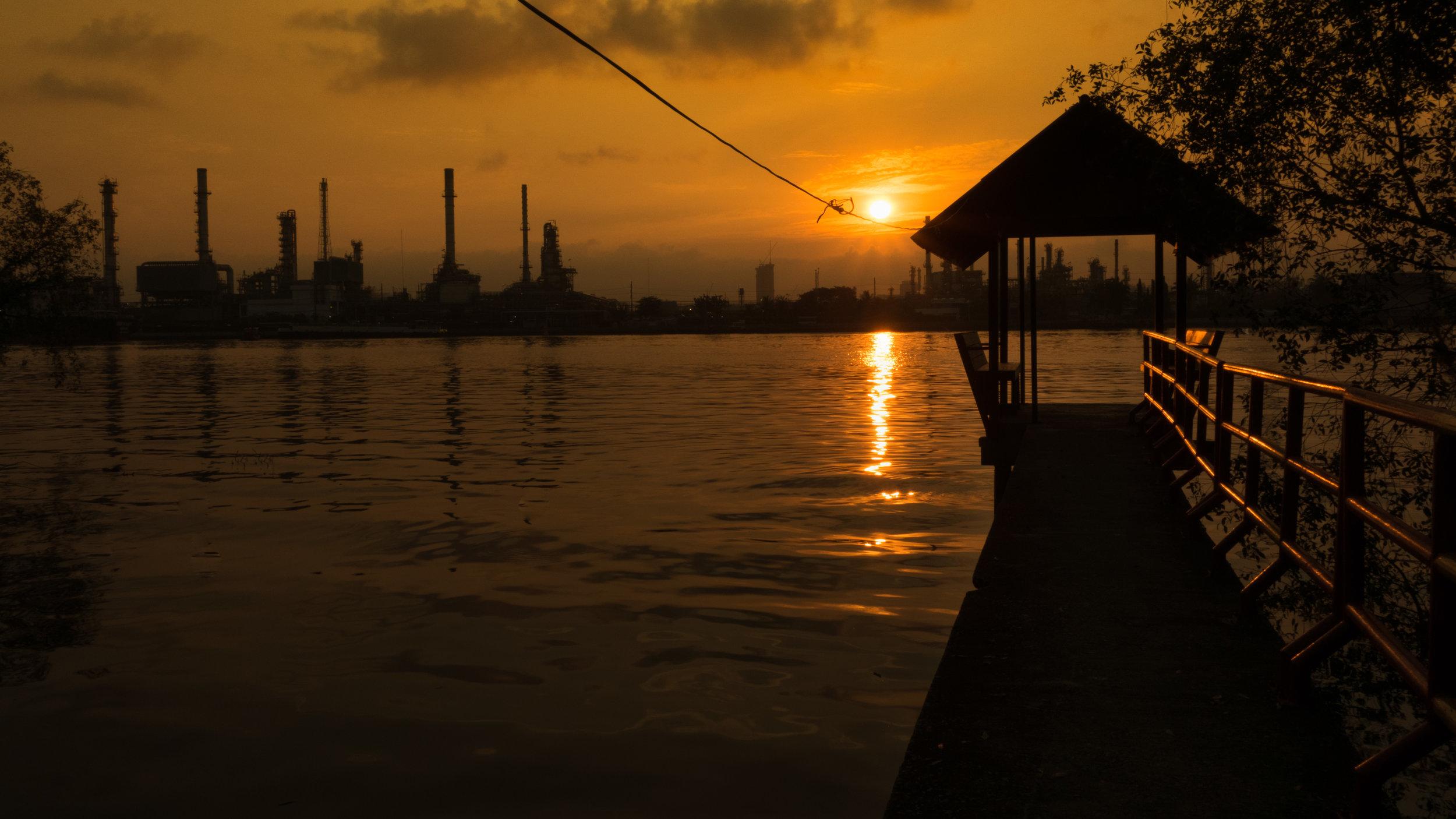 Bangchak Oil Refinery Sunrise.jpg
