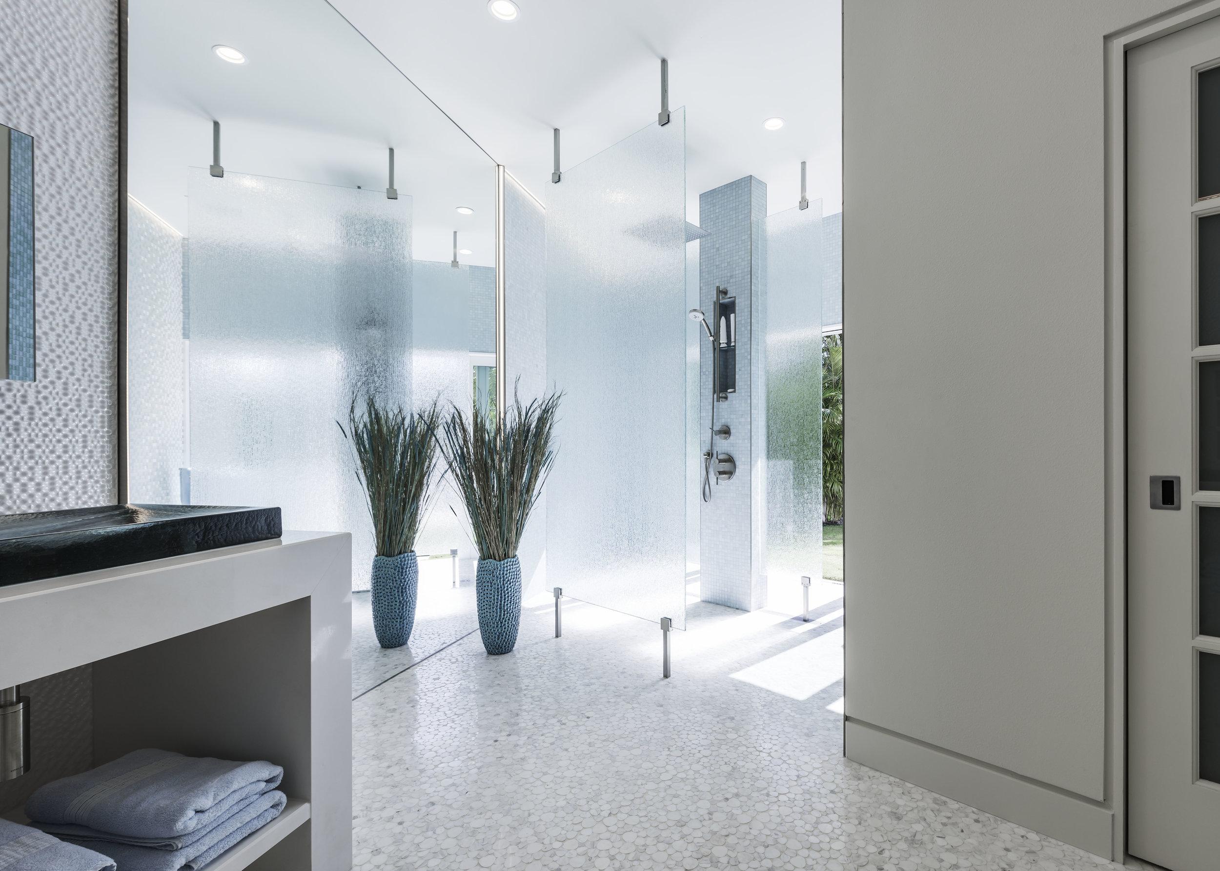 Strand Bathroom.jpg