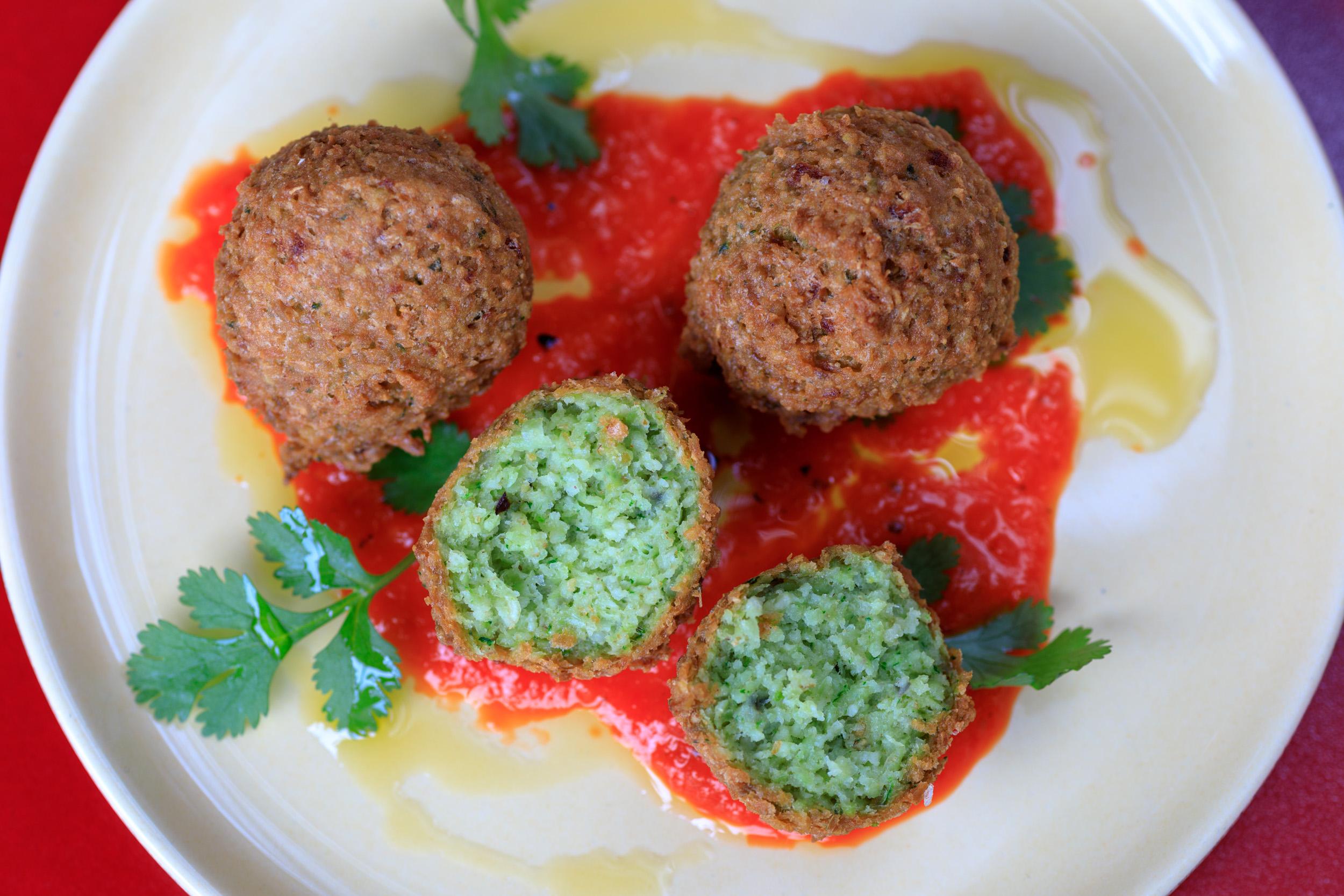 Bitterbal van falafel vegaterische