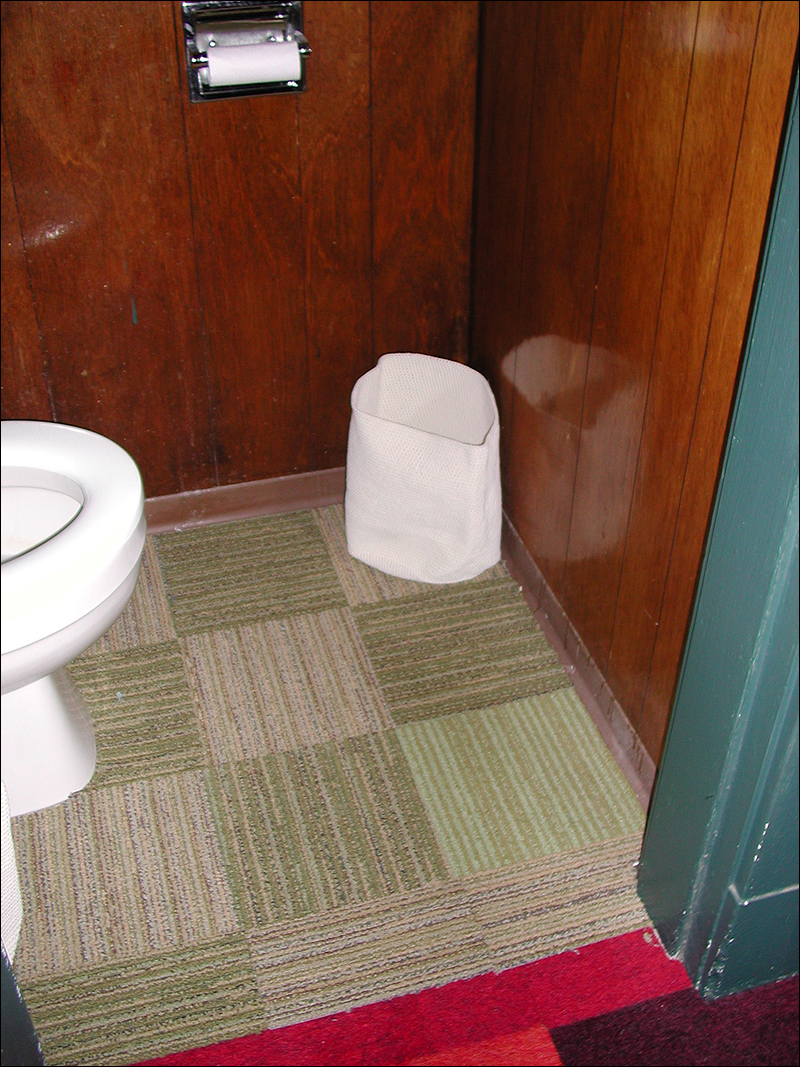 ToiletRoom_7.jpg