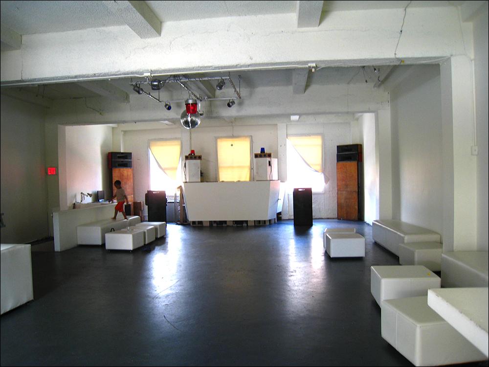 thirtyninehotel before installation