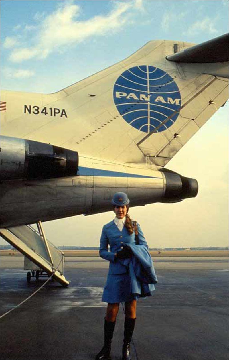 Stewardess_5.jpg