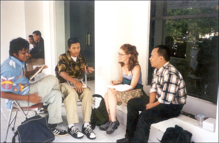 Talking with three members of the artists' collective Apotik Komik in Yogyakarta, Indonesia, 2001, L->R: Arie Dyanto, Bambang Toko, Megan Wilson, and Popok Tri Wahyudi