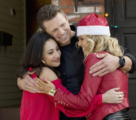 Christmas clichés: - Opens w/ City SceneRekindled RomanceSmall-Town Handy Man