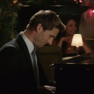 They Play Piano!