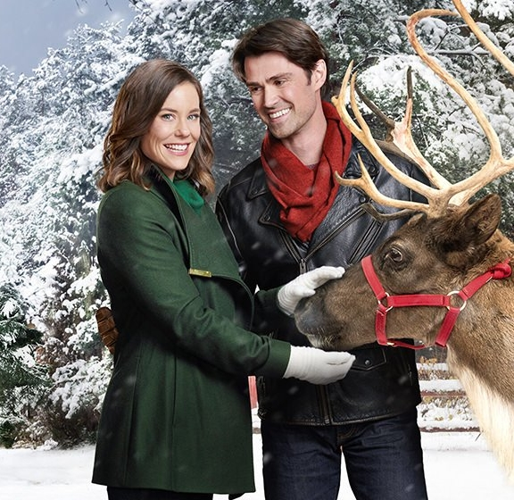 Christmas clichés: - Opens w/ City SceneCareer-Driven WomanReindeerSmall-Town Guy Who Works w/ HandsHate Becomes LoveTree Buy & TrimDeceased ParentEnds w/ Kiss or Ring