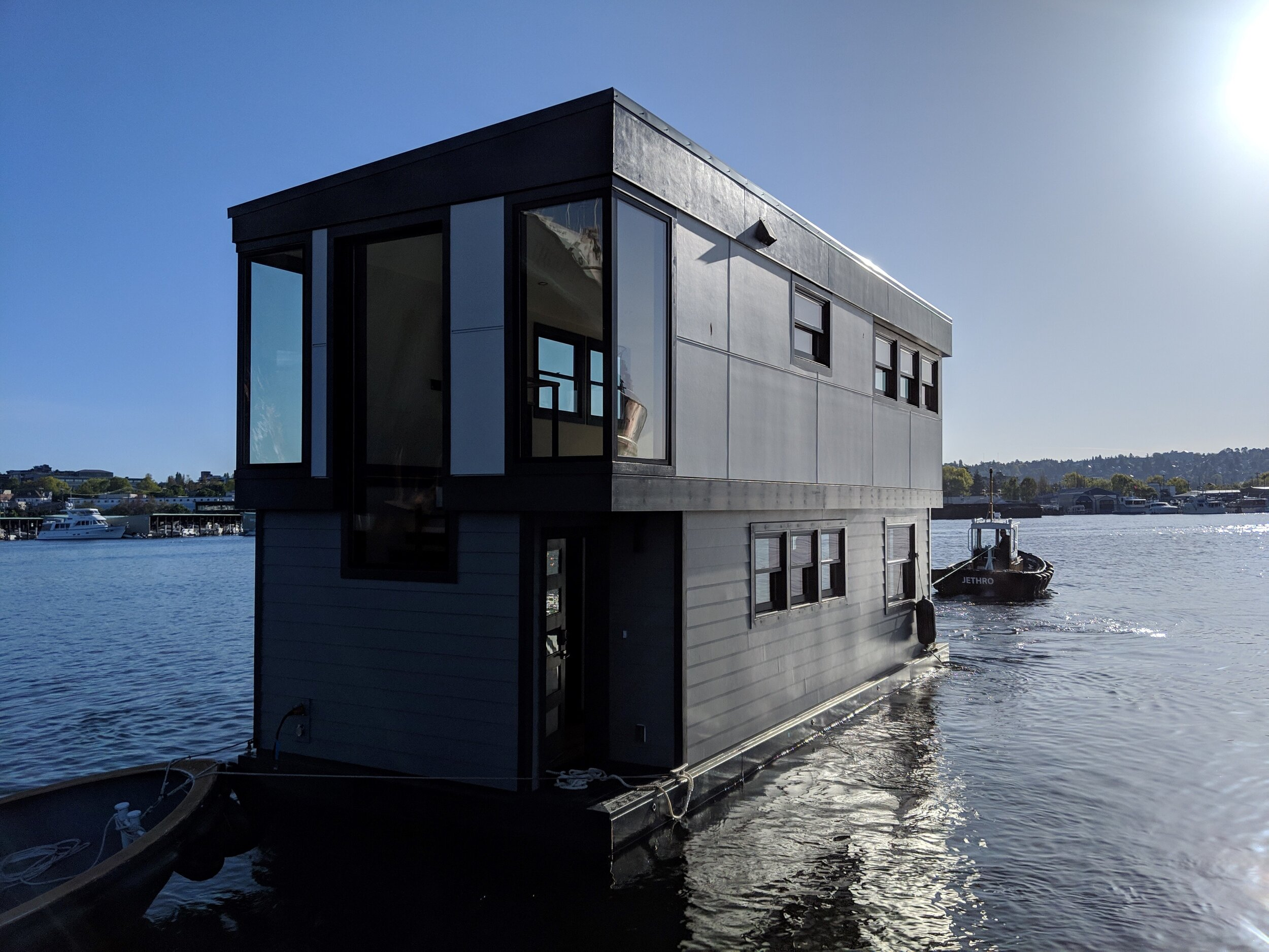 We are moving Equinox to a brand new slip - Come by 2540 Westlake Avenue North to see our newest houseboat move. We are throwing a party for all of our followers and friends. Email contact@steadyfloats.com for more info.Move date is 9/27/2019