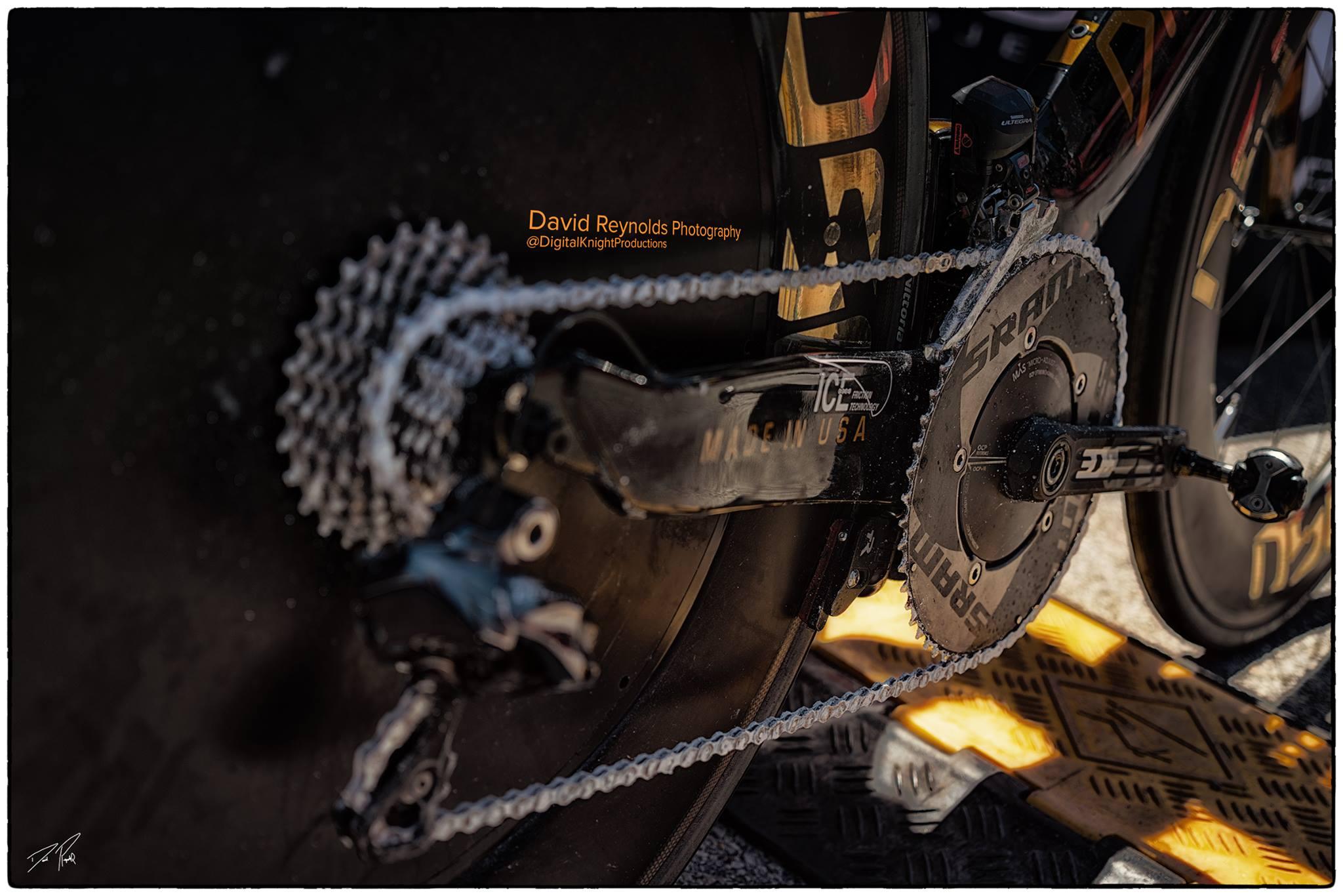 Coach_Terry_Wilson_Jesse _Vondracek_Ironman_Texas_Bike_Digital_Knight_Productions_check_in_Chain.jpg