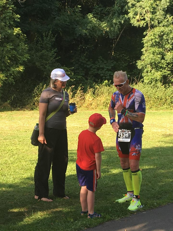 Coach_Terry_Wilson_Pursuit_of_The_Perfect_Race_IRONMAN_Bolton_United_Kingdom_Kevin_Nuun_Run_Giving_Advice.jpg
