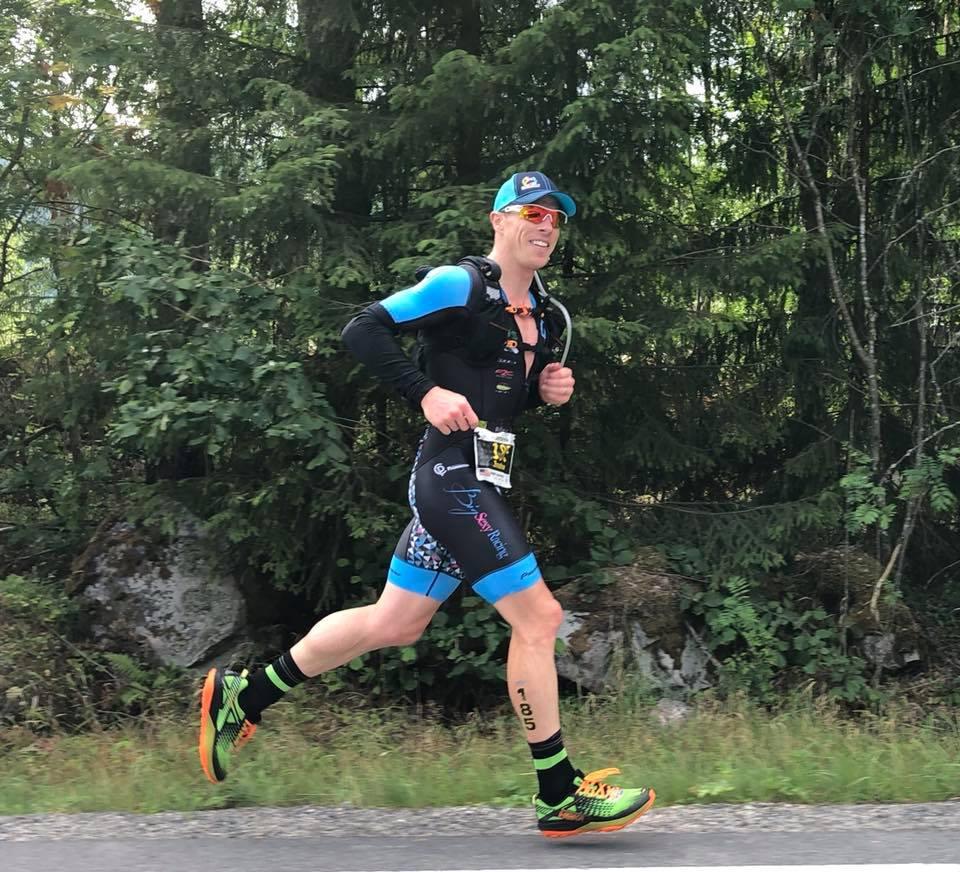 Coach_Terry_Wilson_Pursuit_of_The_Perfect_Race_Norseman_Xtreme_Triathlon_Jon_Feddock_Run.jpg