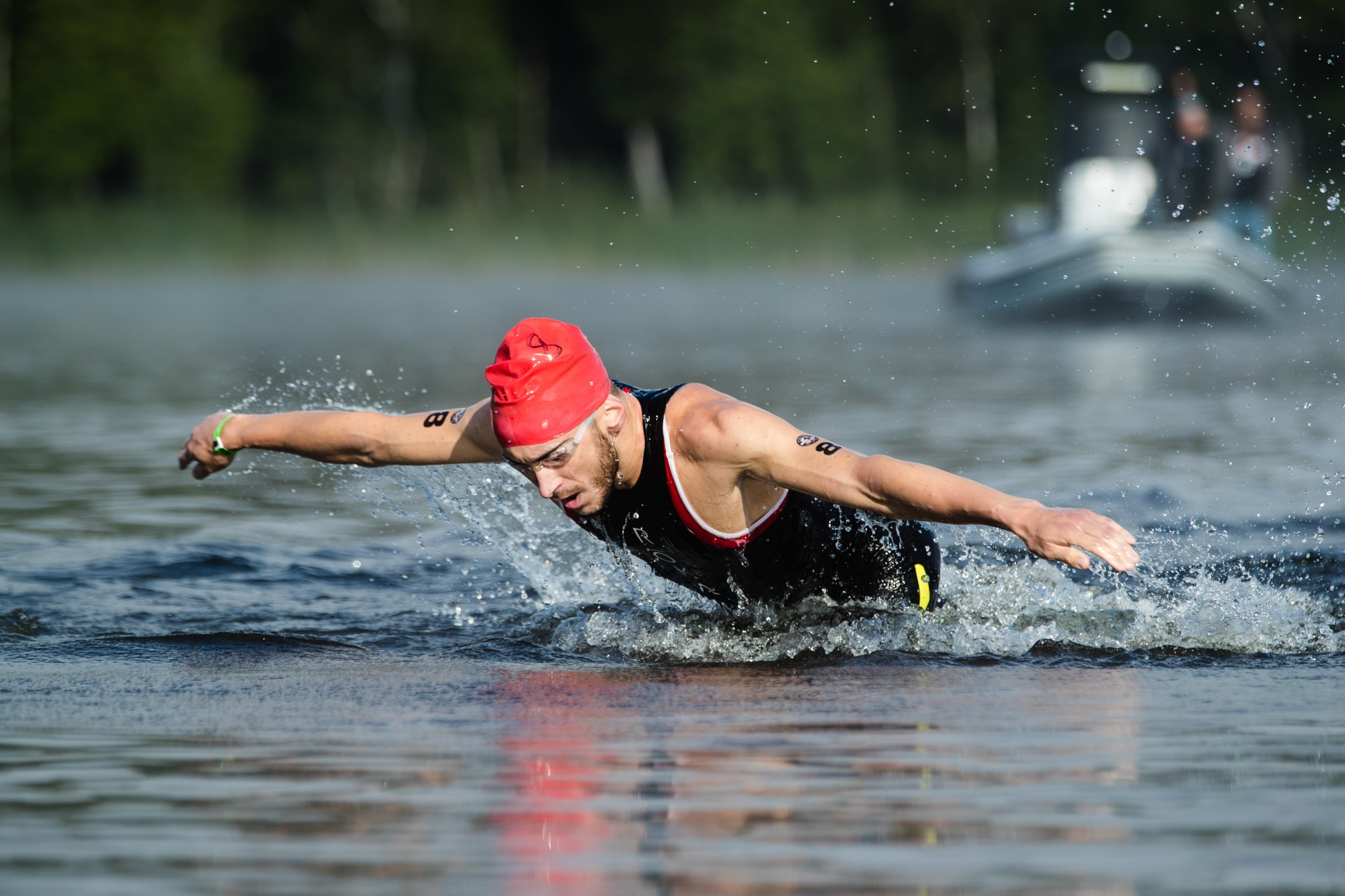 Coach_Terry_Wilson_Pursuit_of_The_Perfect_Race_IRONMAN_Mont_Tremblant_Cody_Beals_Swim.jpg