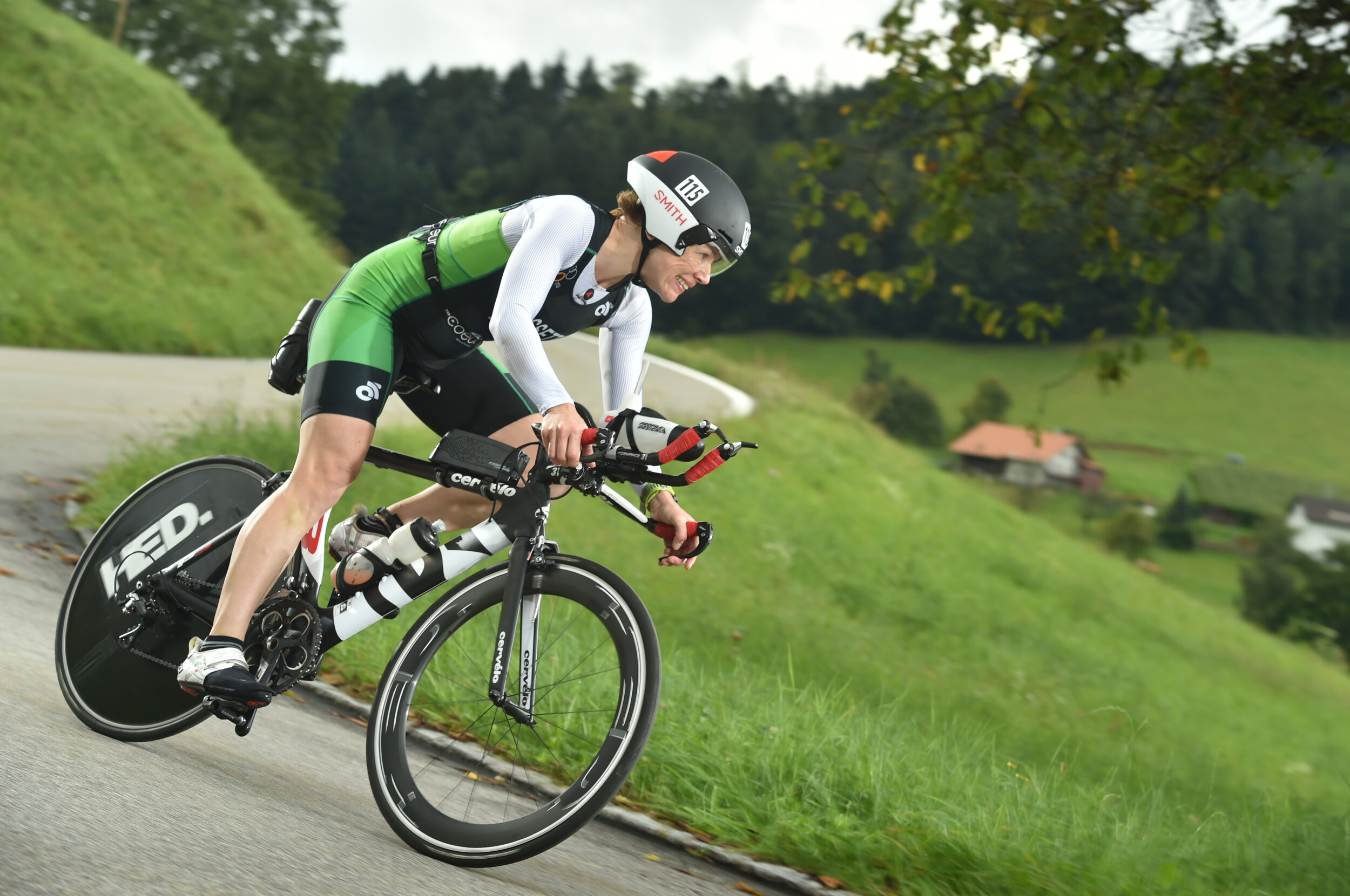 Coach_Terry_Wilson_Pursuit_of_The_Perfect_Race_Powerman_ Zofingen_Duathlon_Derdre_Hassett_2.jpg