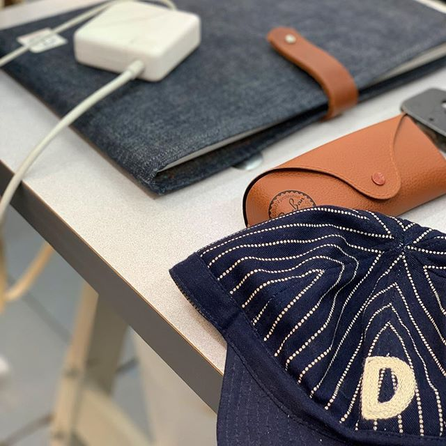 Some more @dawsondenim @dawsonownersclub goodness from last Saturday's workshop/store launch. #denim #selvedge #selvedgedenim #denimbranded #mensfashion #mensstyle #womensfashion #technology #techaccessories #workwear #hove #brighton #friyay #apple