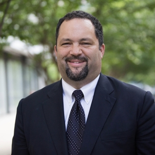 BEN JEALOUS Civil Rights Activist, Former President & CEO, NAACP    Keynote Address   Ben Jealous is the son of two educators. He is a civil rights leader, community organizer,graduate of Columbia University, a Rhodes scholar, and a visiting professor at Princeton.At age 35, Ben was named the youngest ever President and CEO of the NAACP. In 2013, Ben was named Marylander of the Year by the Baltimore Sun for helping to lead the successful efforts to abolish the death penalty, pass marriage equality, pass the DREAM Act, and expand voting rights.Ben is currently a partner at Kapor Capital, an investment firm that invests in progressive social change.