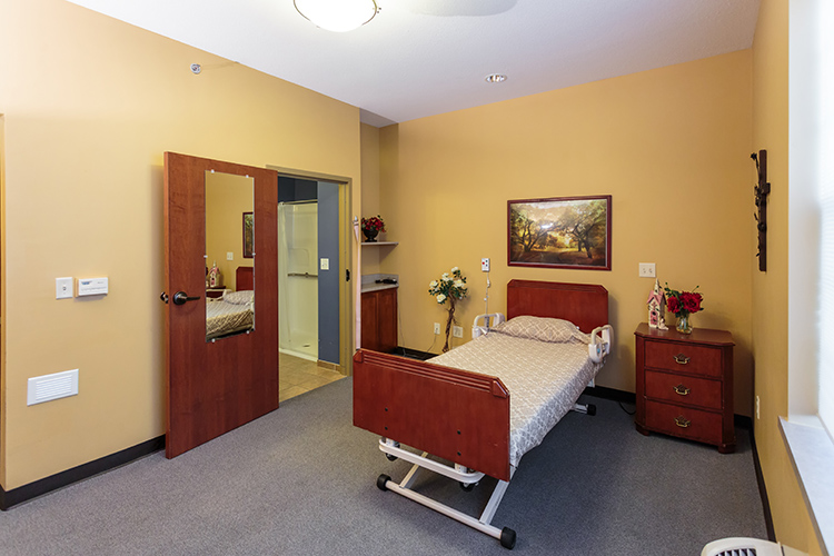 A standard room at Reeds Cove Health & Rehabilitation.