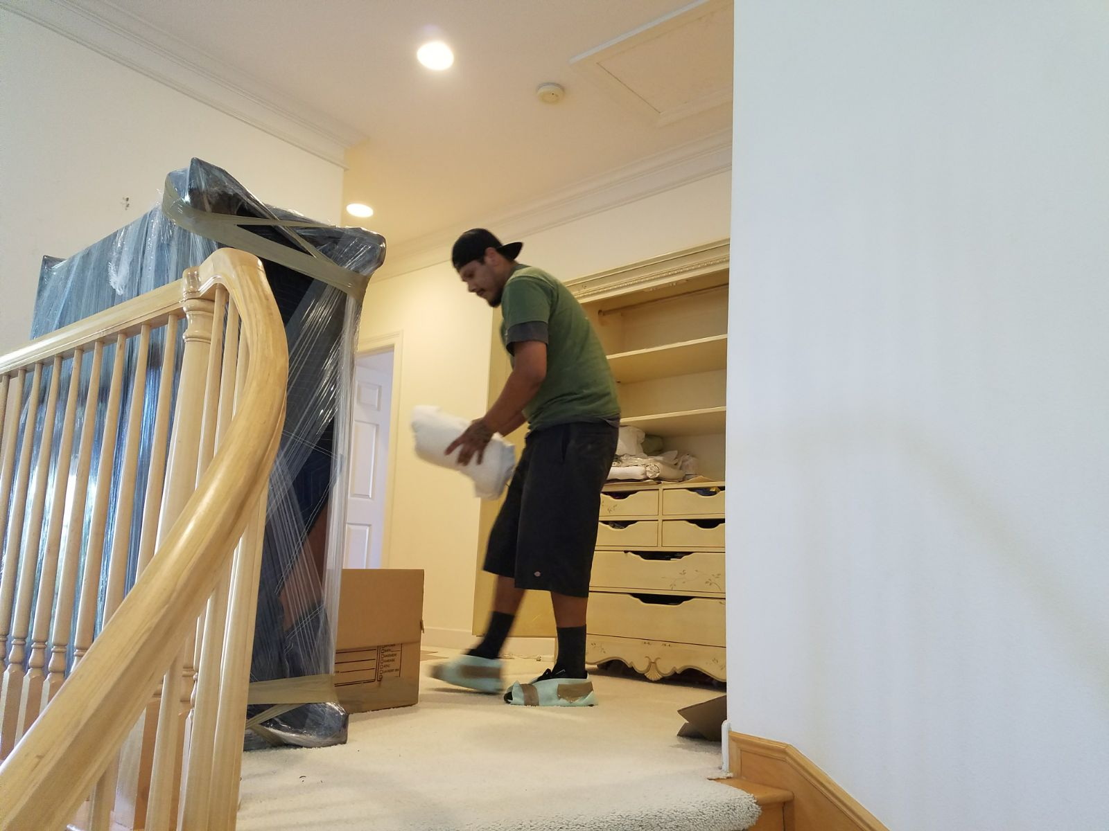 Our goal here in Family Moving Services is to give a good services by taking care of every single detail.