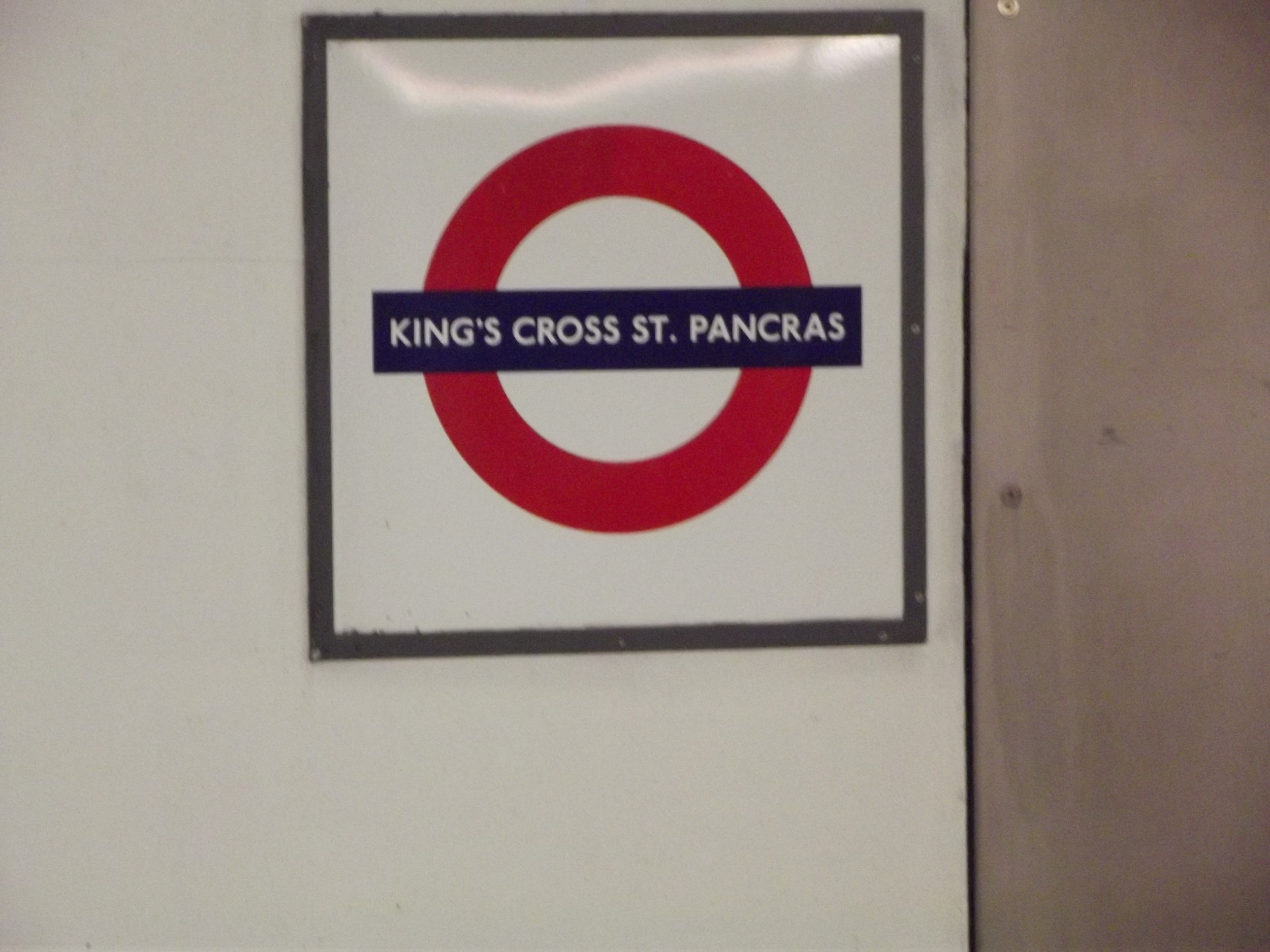 what-to-do-in-london-underground6.jpg