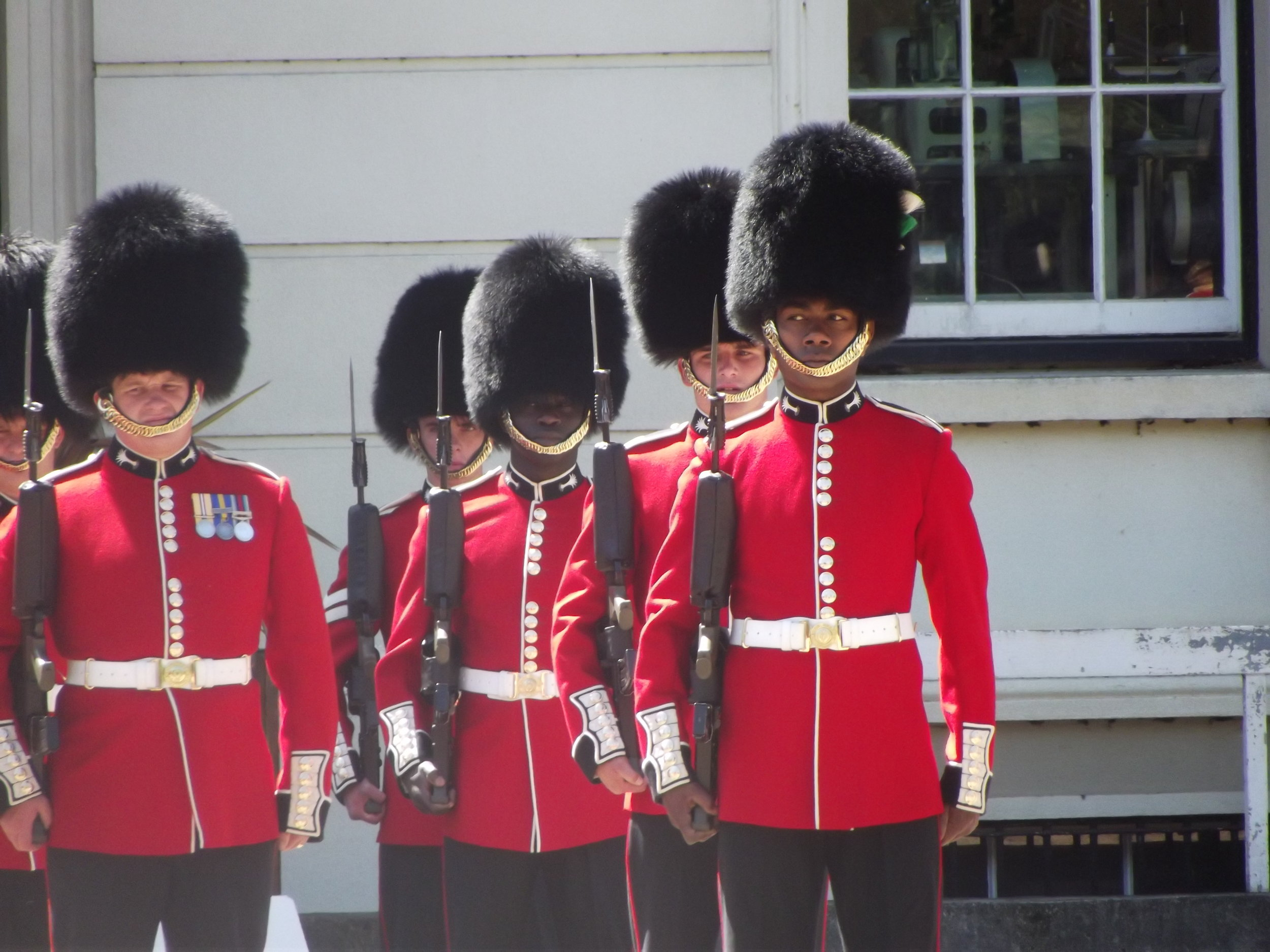 what-to-do-in-london-band-of-scots-guard1.jpg