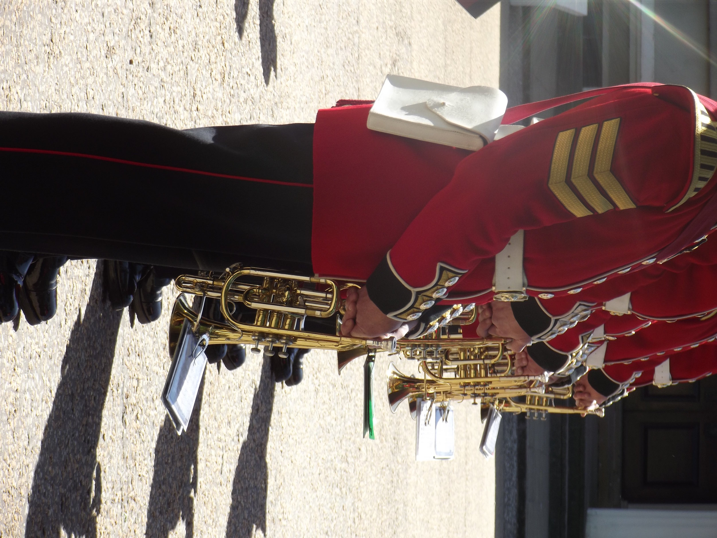 what-to-do-in-london-band-of-scots-guard2.jpg