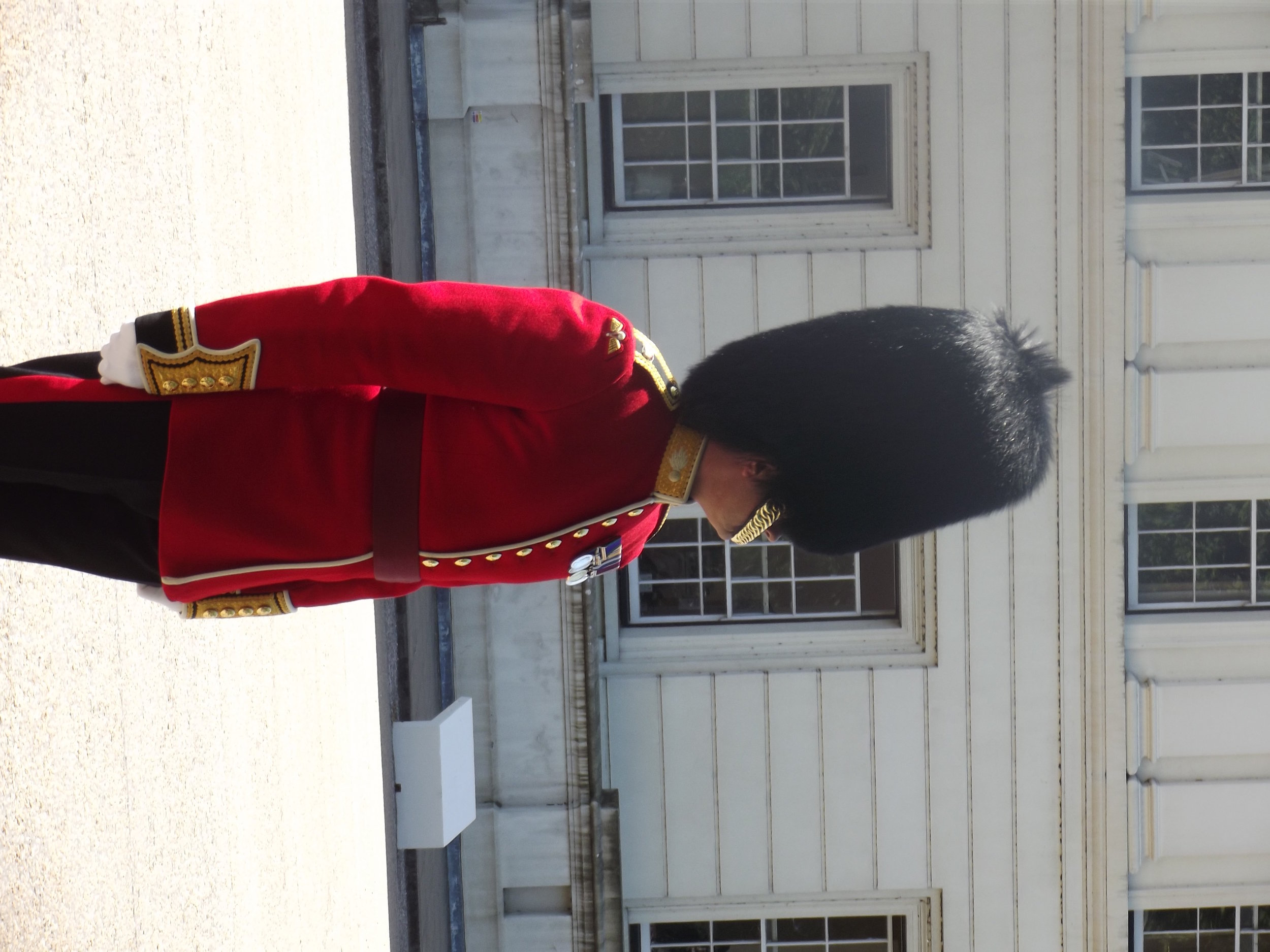 what-to-do-in-london-band-of-scots-guard3.jpg