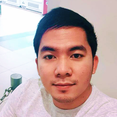 Renzon Cruz .jpg