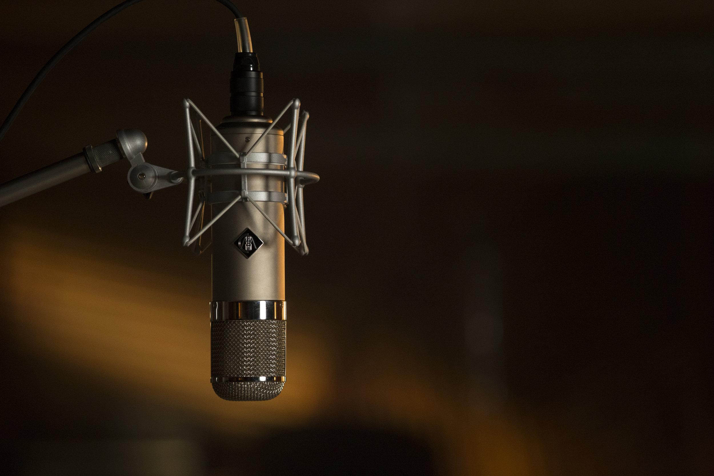 wunder-audio-microphone-hero.jpg