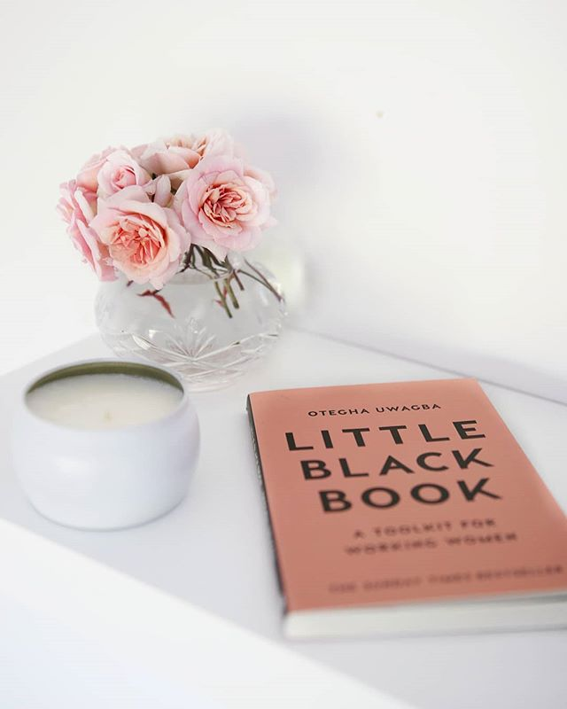 Currently on my reading list is this is little book! Can't wait to read it but for now I've just started Michelle Obama's memoir. What's on your reading list? 😍📚🤓 xx E (P.S thanks so much for all the entries on our tshirt giveaway on the previous post! We will be drawing a winner in the next few days ❤)