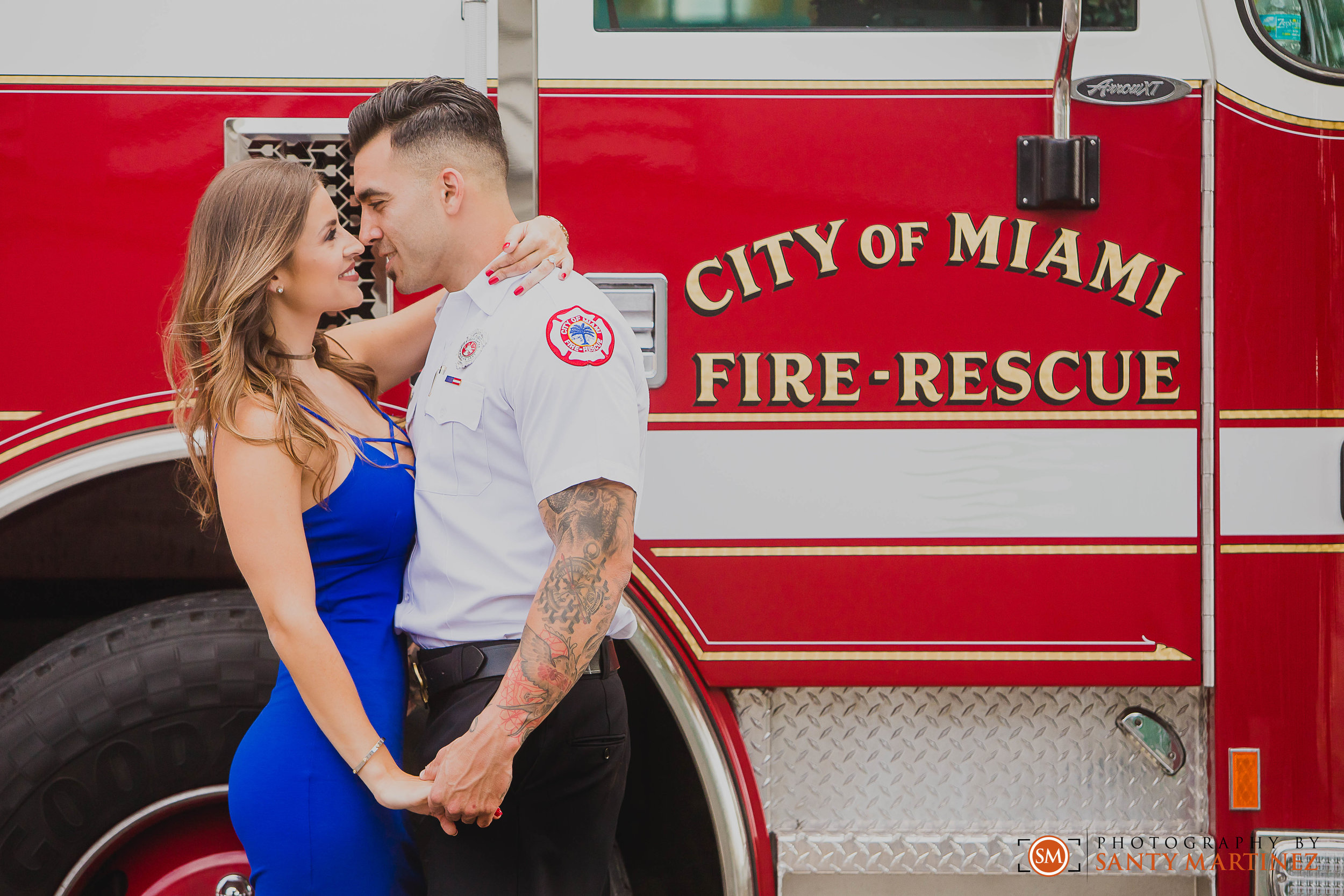 Miami Firefighter Engagement Session - Photography by Santy Martinez-3.jpg