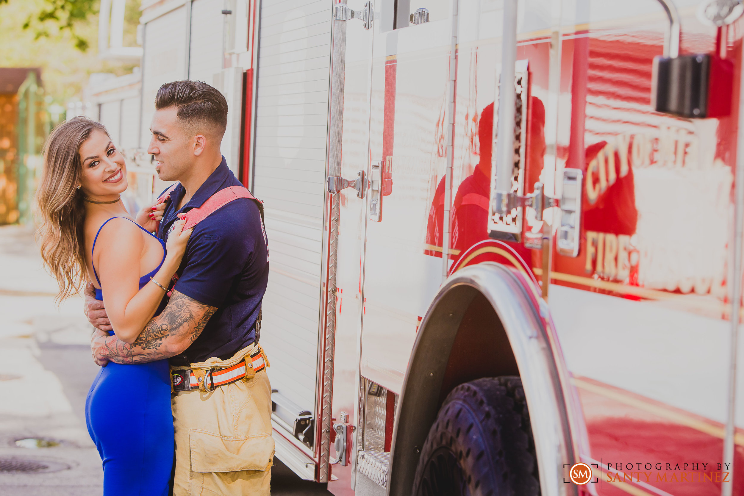 Miami Firefighter Engagement Session - Photography by Santy Martinez-8.jpg