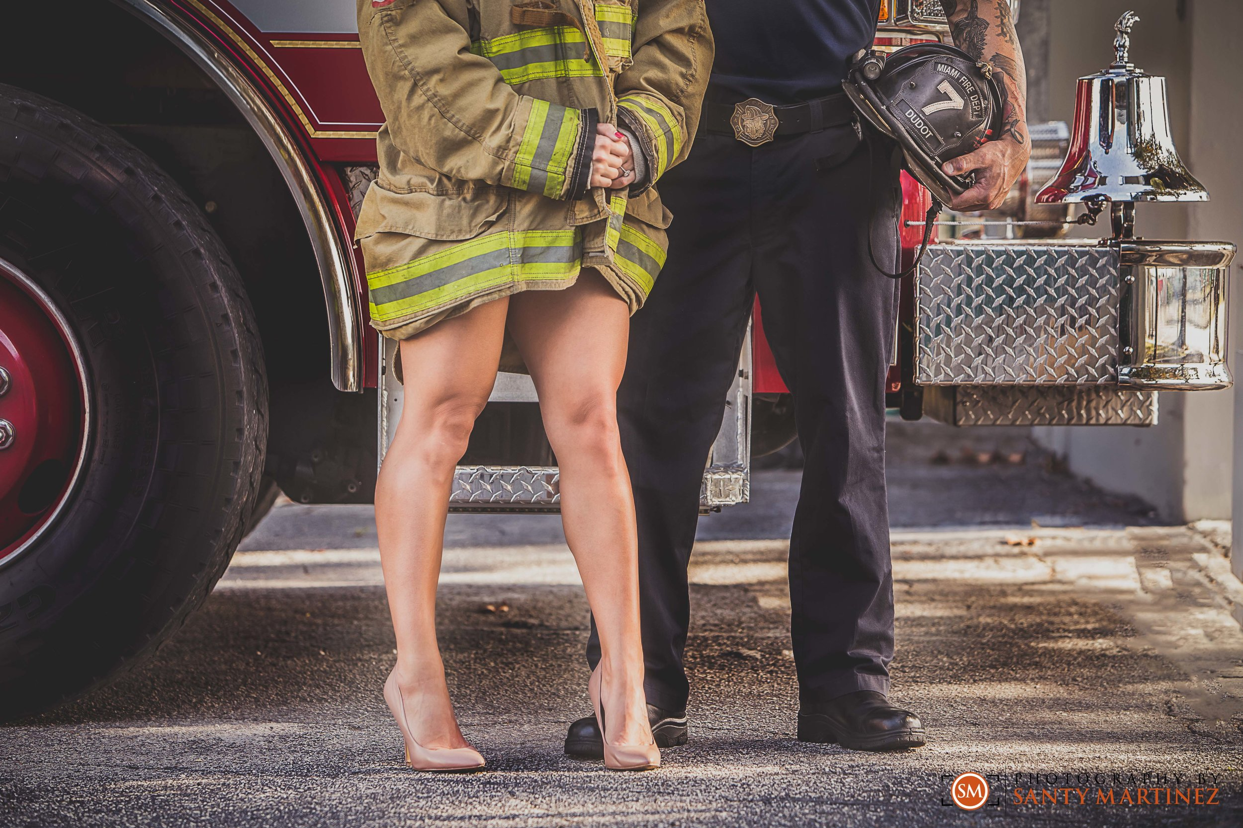 Miami Firefighter Engagement Session - Photography by Santy Martinez-12.jpg