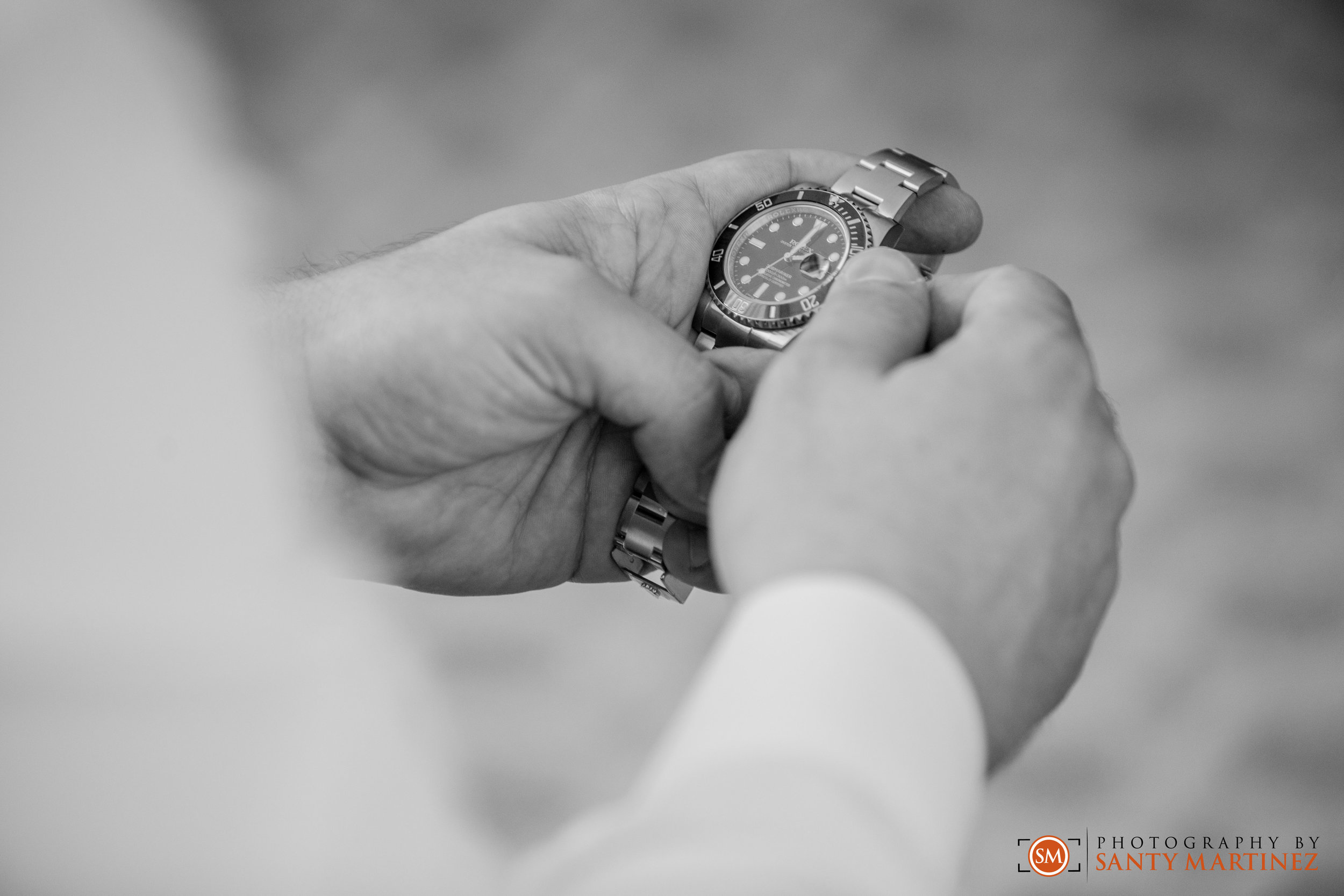 Wedding - St Hugh Catholic Church - Rusty Pelican - Key Biscayne - Photography by Santy Martinez-11.jpg