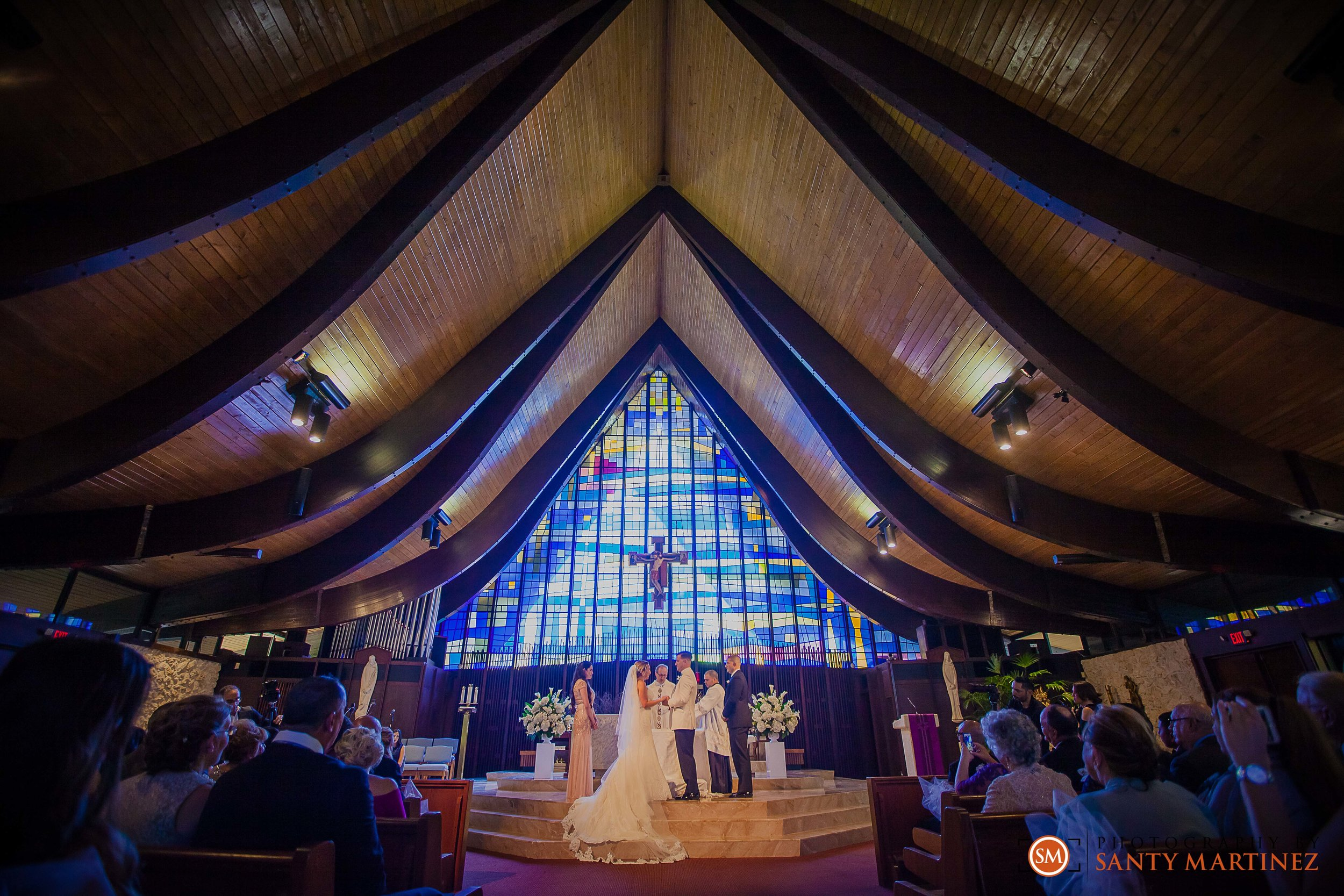 Wedding - St Hugh Catholic Church - Rusty Pelican - Key Biscayne - Photography by Santy Martinez-23.jpg