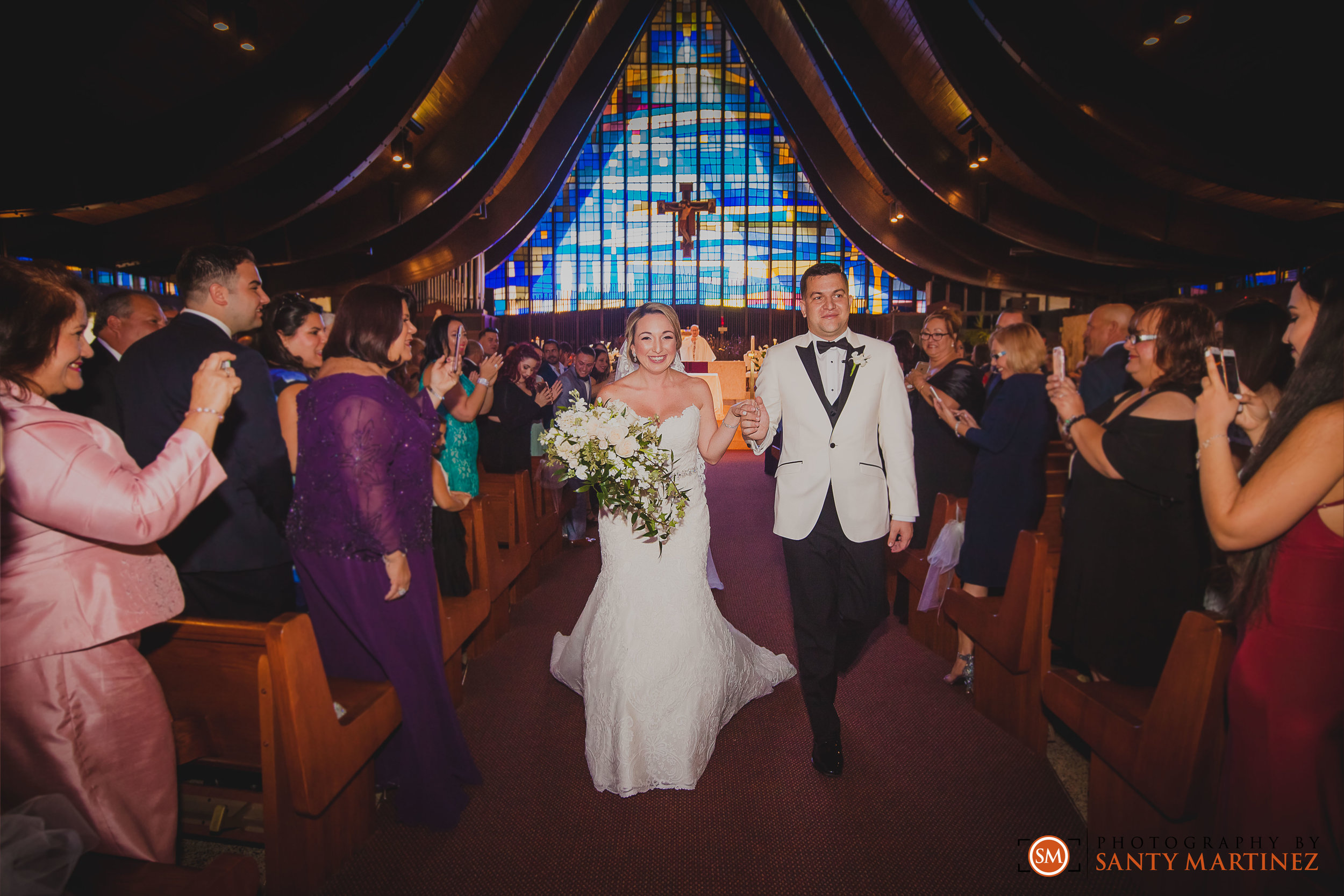 Wedding - St Hugh Catholic Church - Rusty Pelican - Key Biscayne - Photography by Santy Martinez-25.jpg