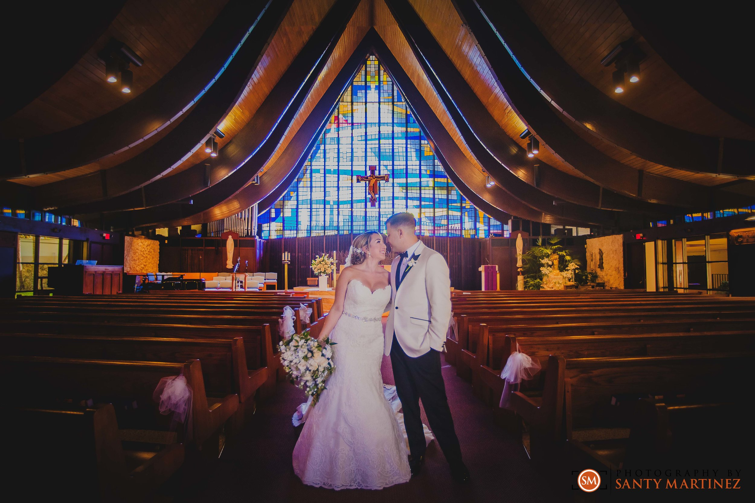 Wedding - St Hugh Catholic Church - Rusty Pelican - Key Biscayne - Photography by Santy Martinez-27.jpg
