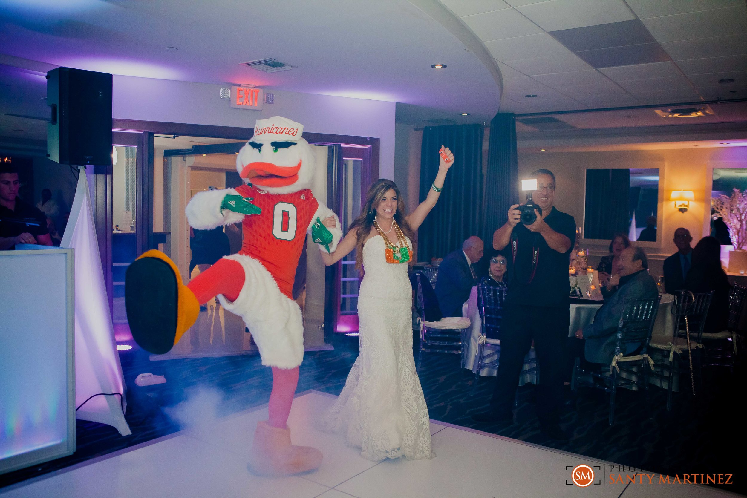 Wedding DoubleTree Grand Hotel Biscayne Bay - Santy Martinez-43.jpg