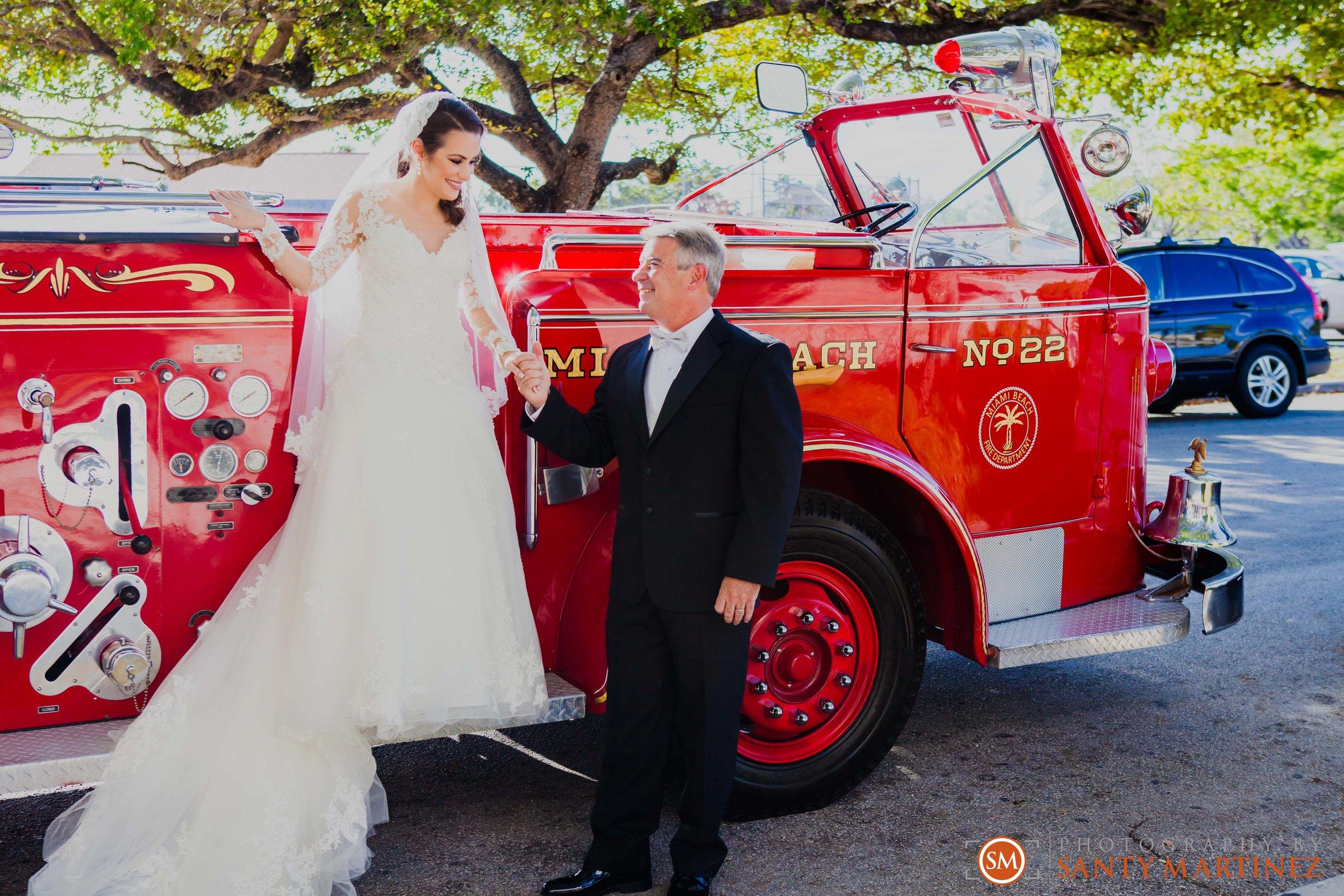 Wedding - Fairways - Crandon Park - Santy Martinez-8.jpg