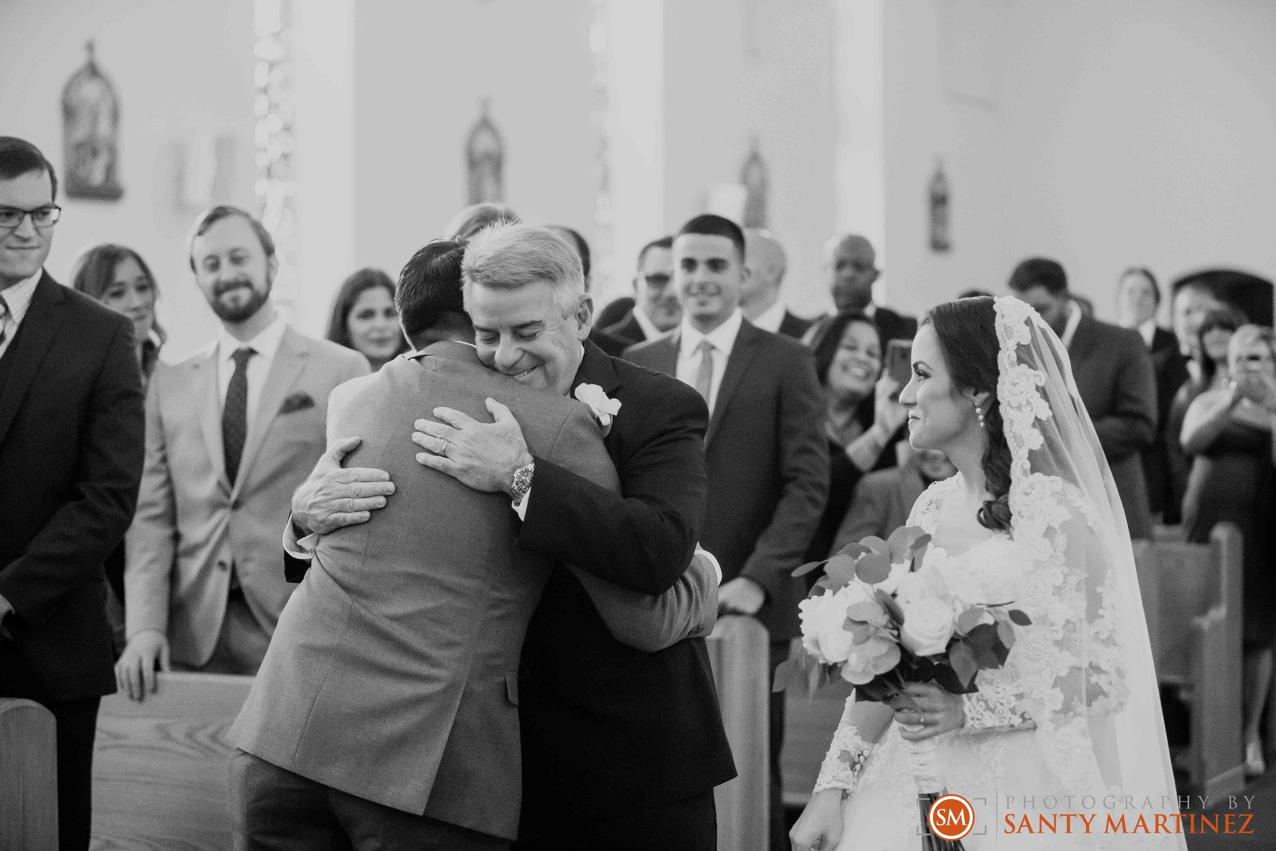 Wedding - Fairways - Crandon Park - Santy Martinez-12.jpg