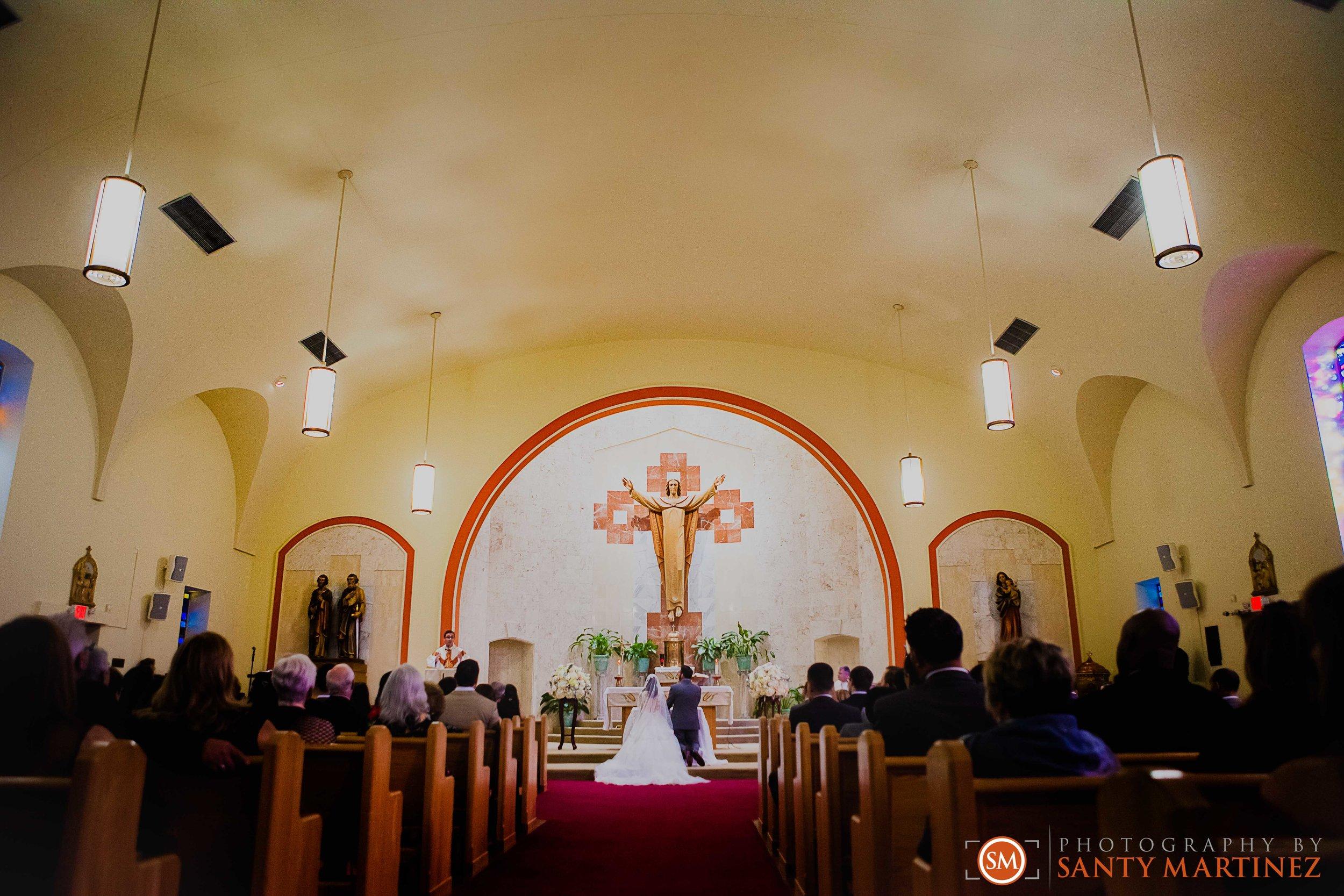 Wedding - Fairways - Crandon Park - Santy Martinez-13.jpg