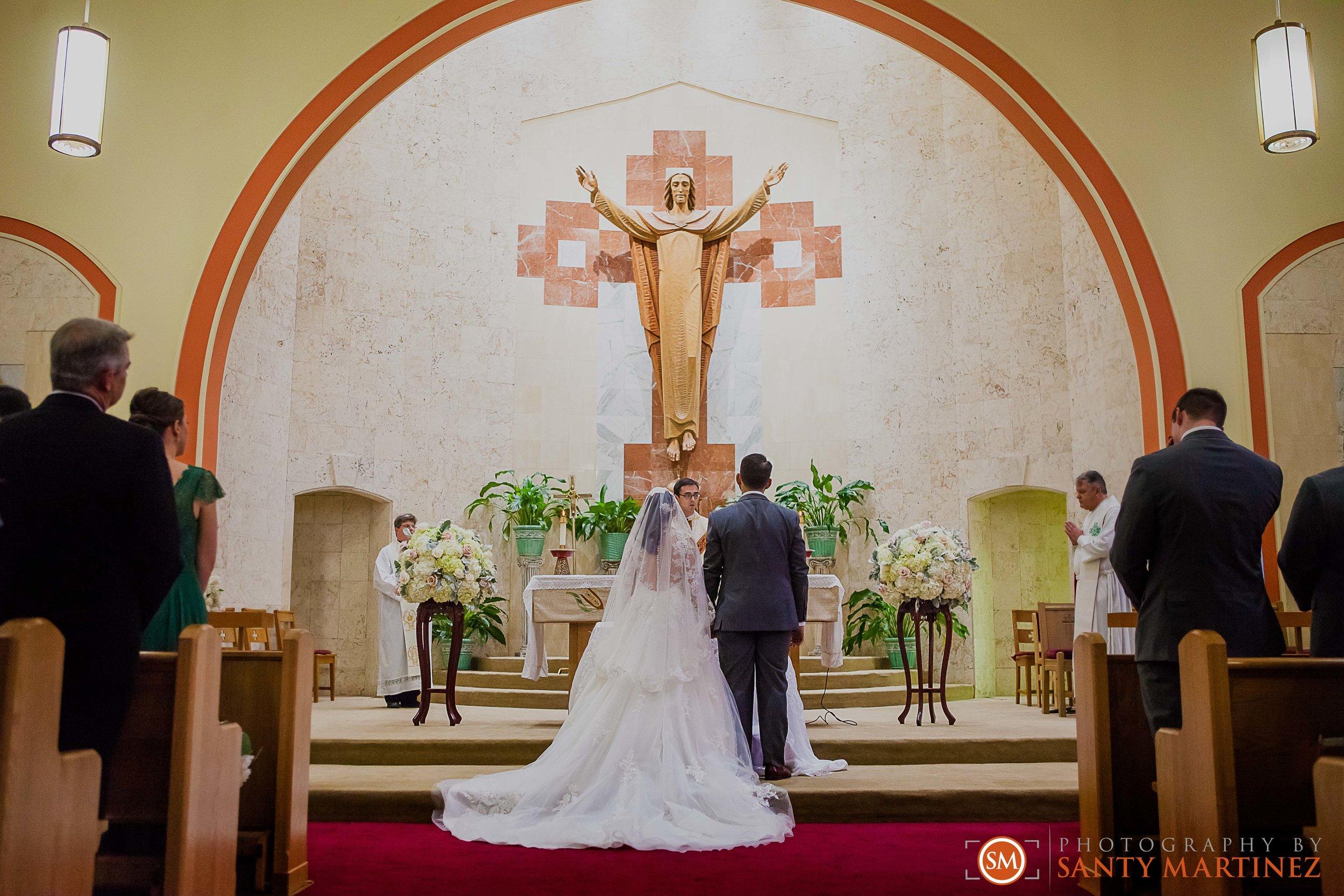 Wedding - Fairways - Crandon Park - Santy Martinez-15.jpg