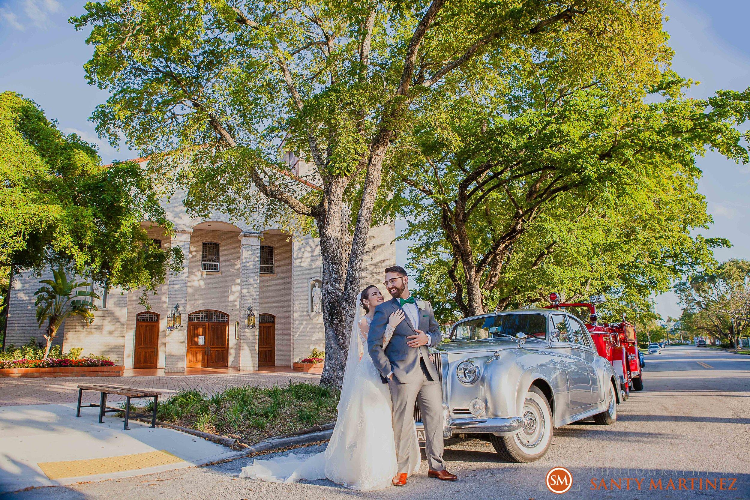 Wedding - Fairways - Crandon Park - Santy Martinez-16.jpg