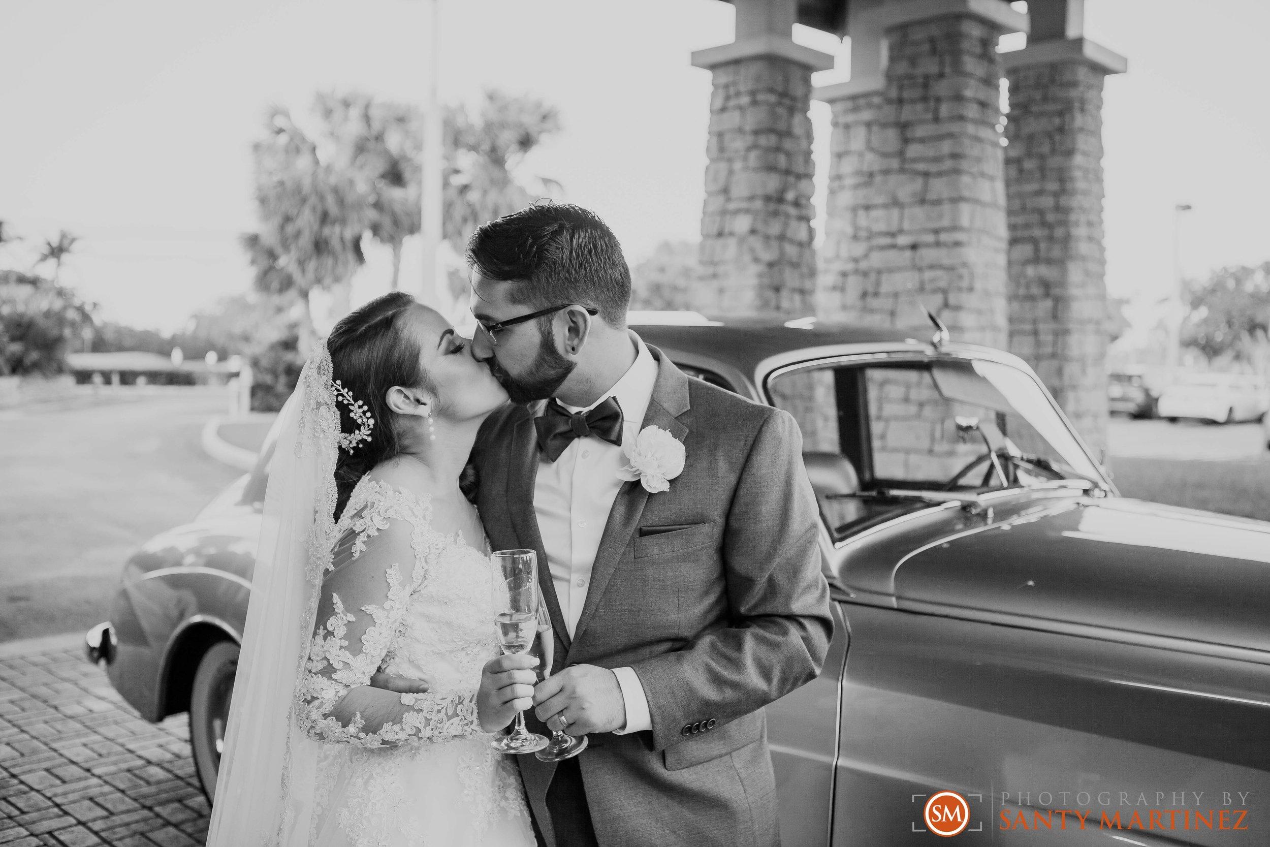 Wedding - Fairways - Crandon Park - Santy Martinez-18.jpg