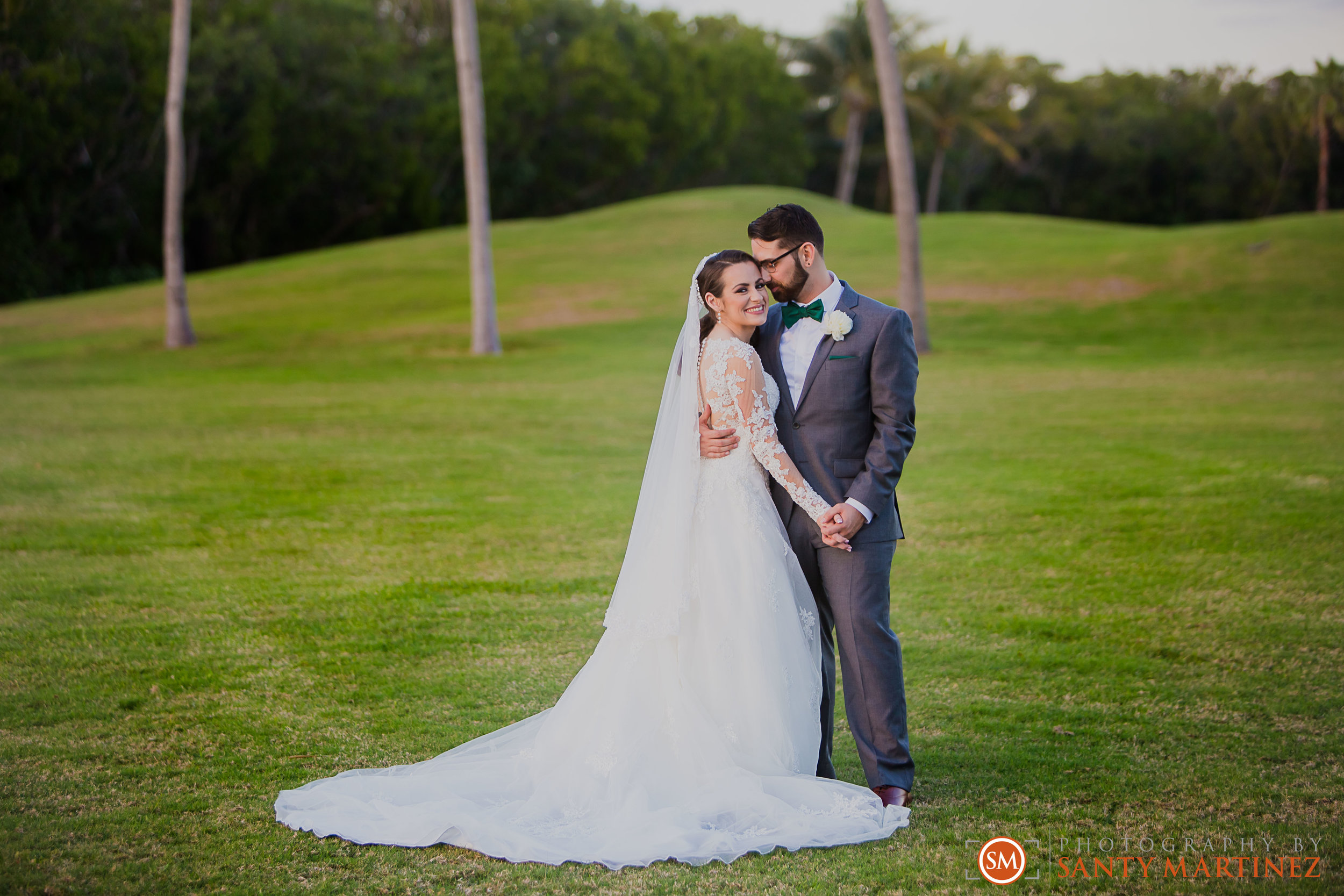 Wedding - Fairways - Crandon Park - Santy Martinez-20.jpg