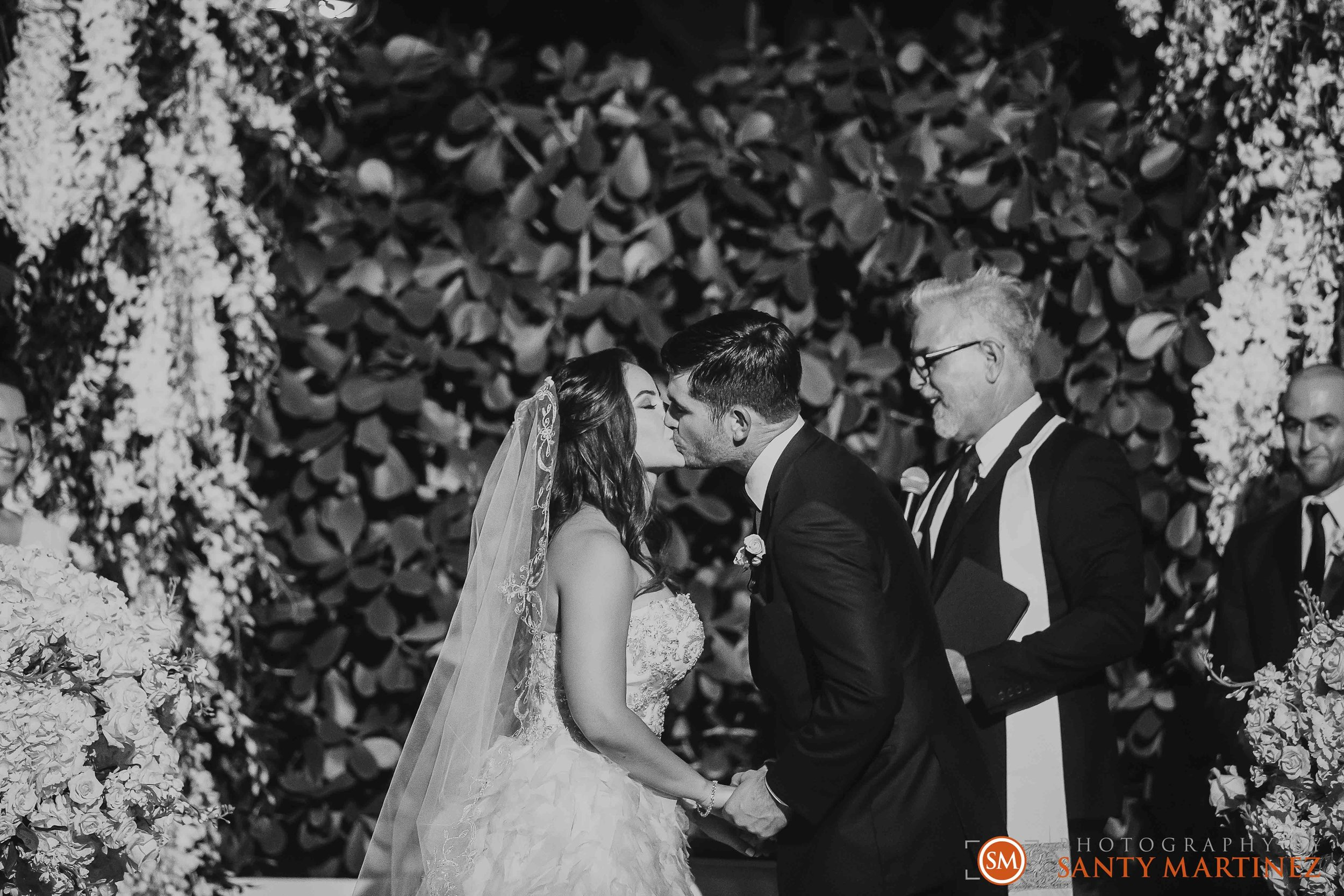 Wedding Coral Gables Country Club - Santy Martinez Photography-28.jpg