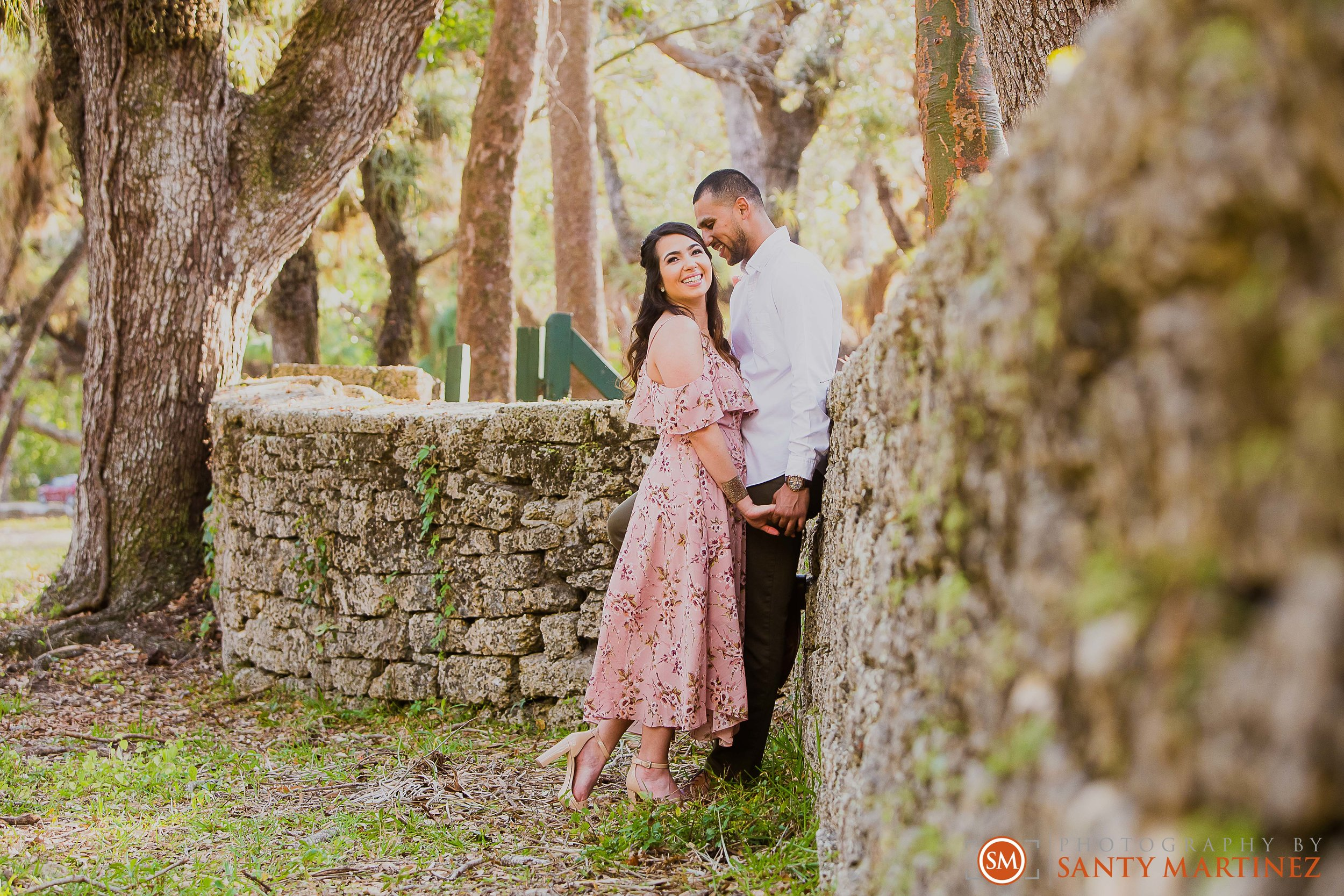 Engagement Session Matheson Hammock Park - Photography by Santy Martinez-10.jpg